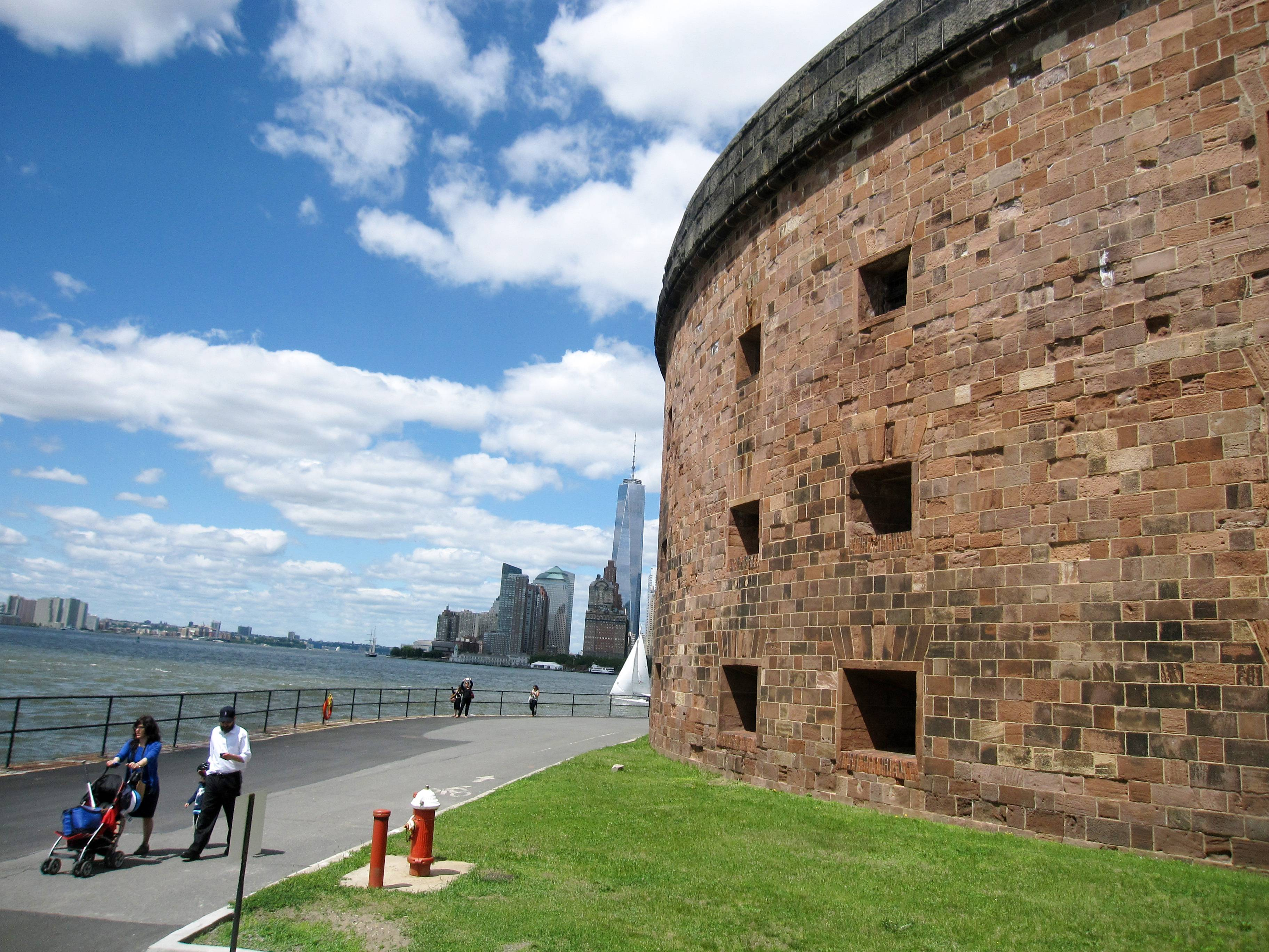Castle Williams, a 19th-century fort located on Governors Island in New York City, is a national park site that's dotted with green lawns, outdoor art and historic buildings. It offers a variety of events and activities, along with scenic views of Manhattan.