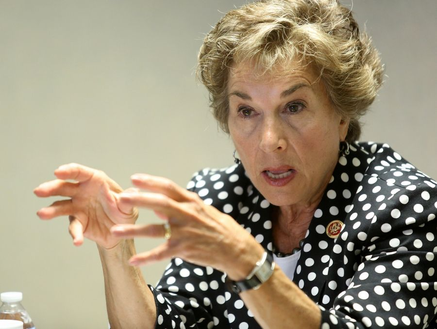 In a meeting with the Daily Herald editorial board Wednesday, Democratic U.S. Rep. Jan Schakowsky complained that House Republicans who resist compromise are the source of congressional gridlock.