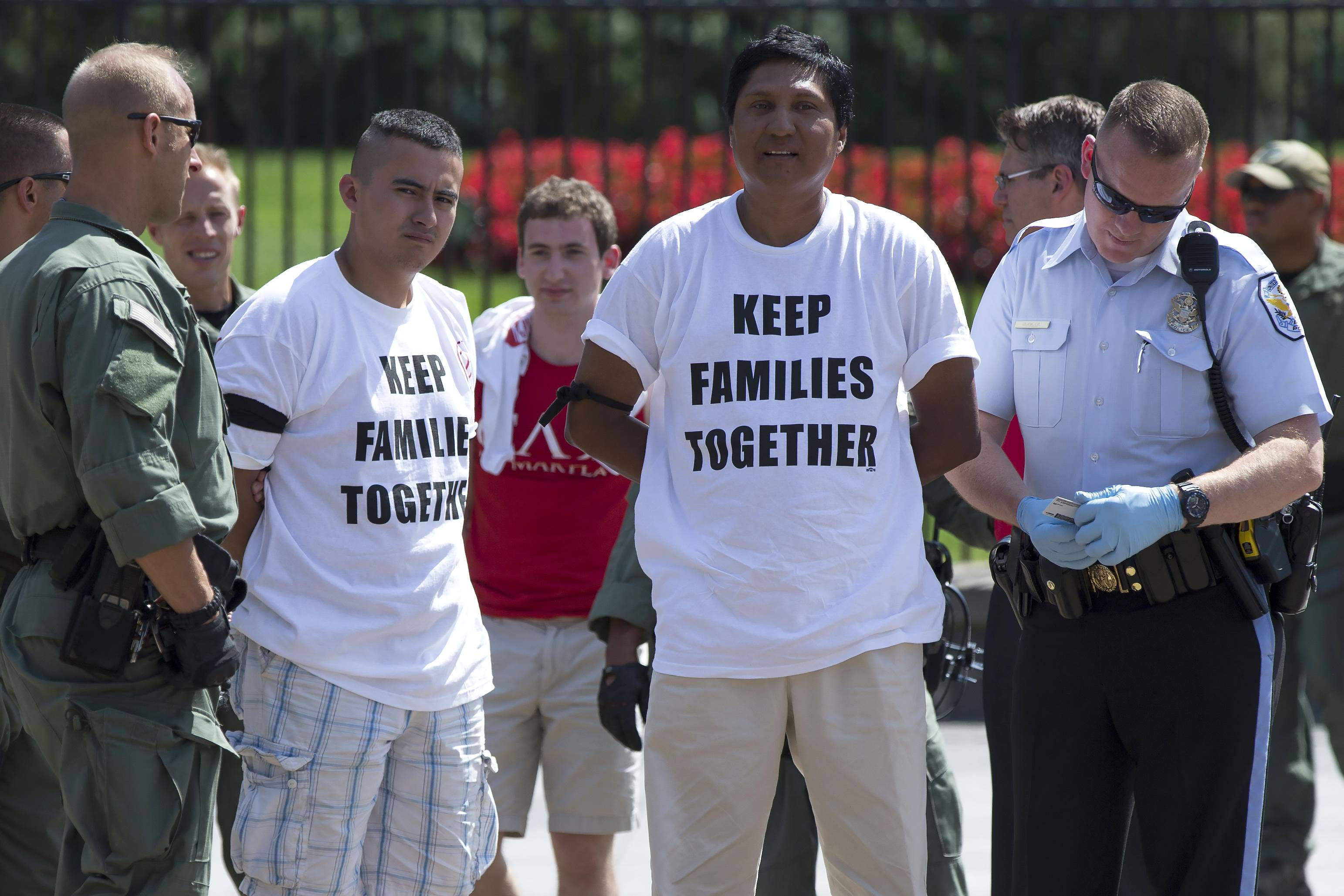 Obama sets no timeline for action on immigration