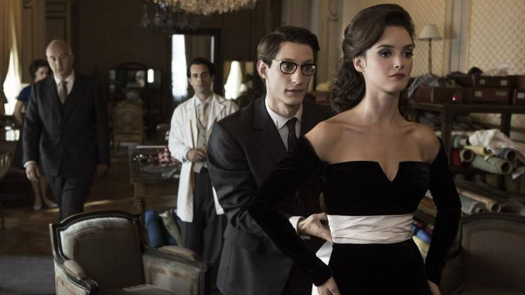 Pierre Niney stars as designer Yves Saint Laurent.