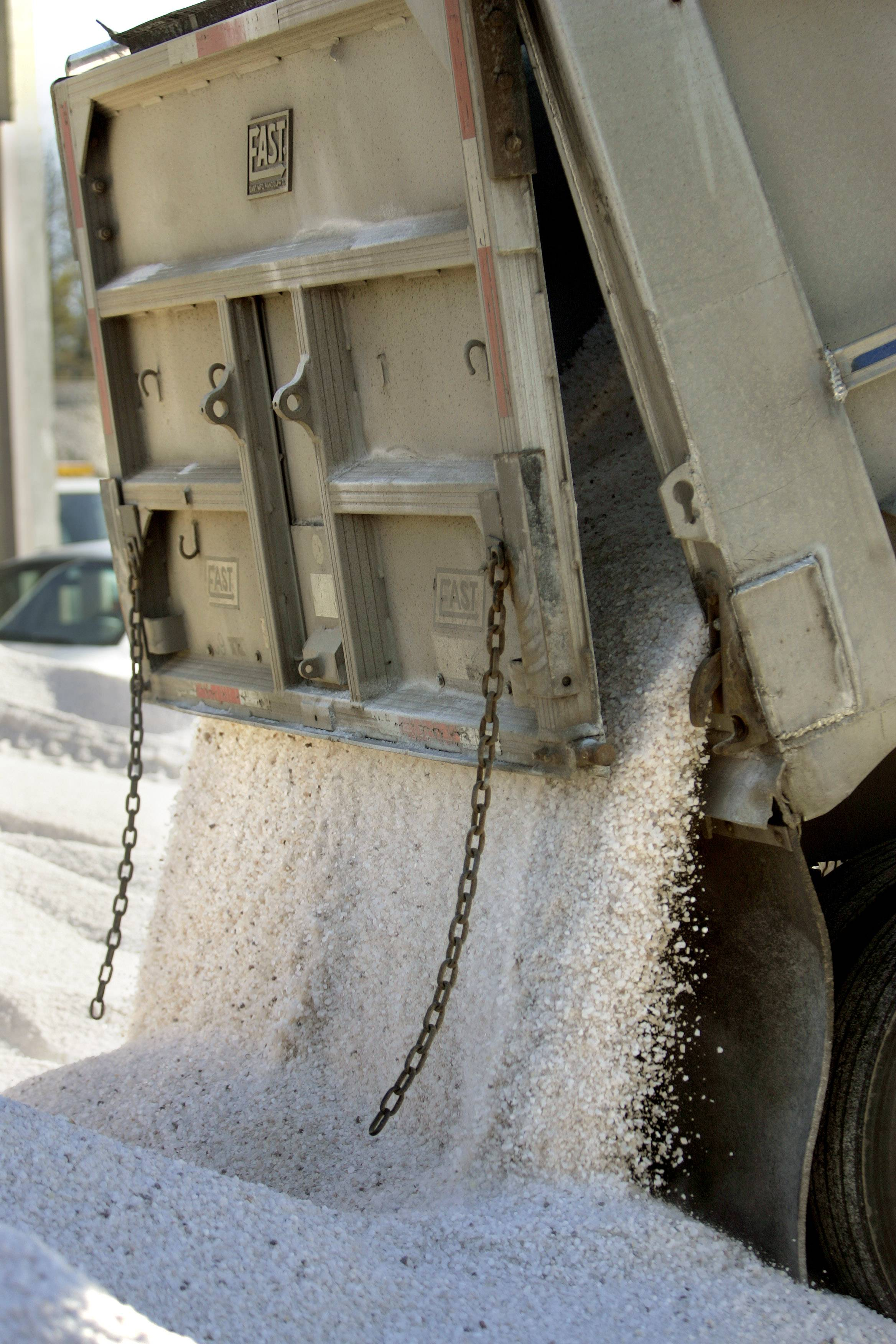 Elk Grove stockpiling 6,250 tons of salt for winter
