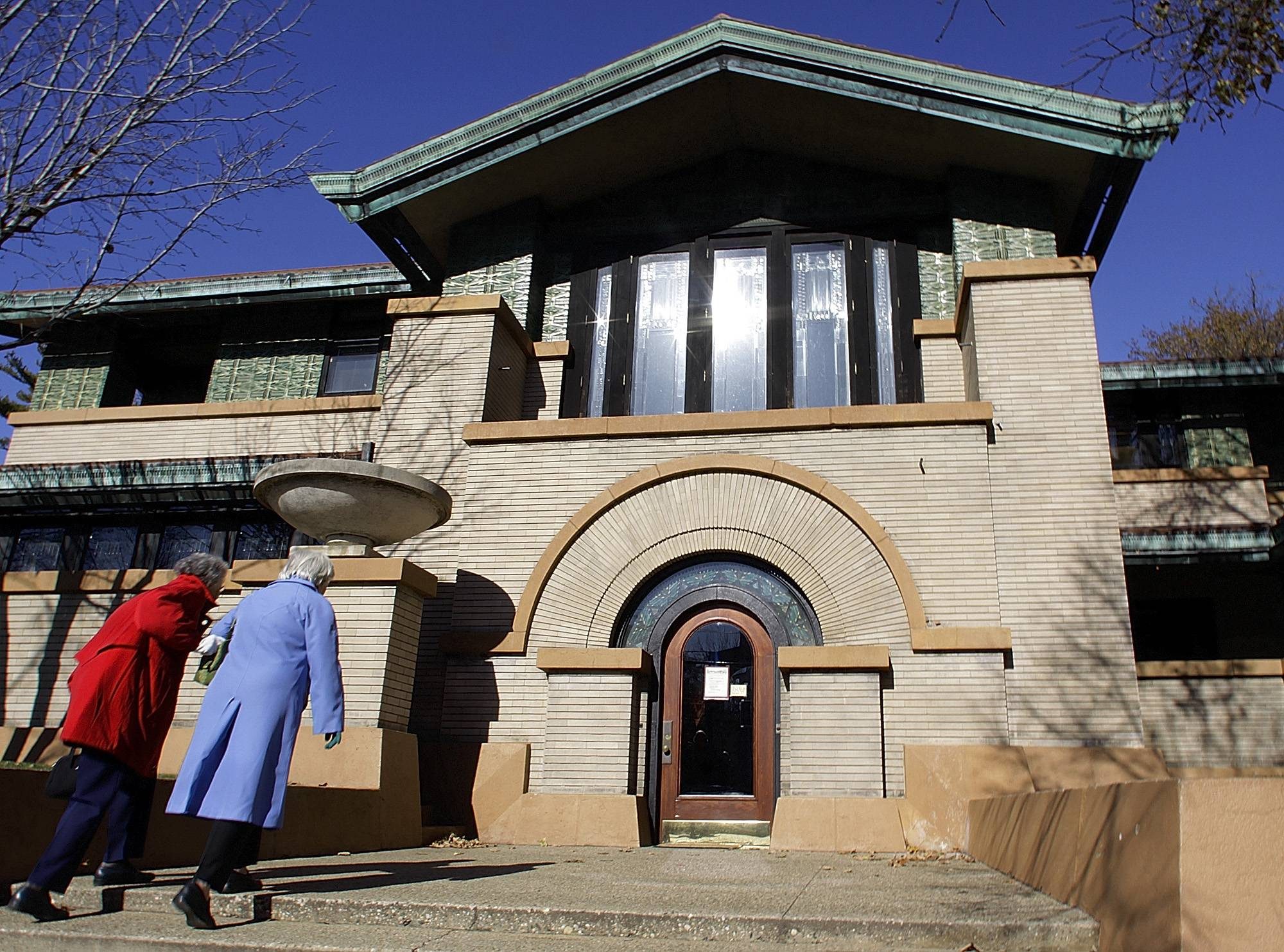 Tourists visit the Dana-Thomas House, perhaps the best-preserved example of famed architect Frank Lloyd Wright's Prairie period dwellings, in Springfield in November, 2008.