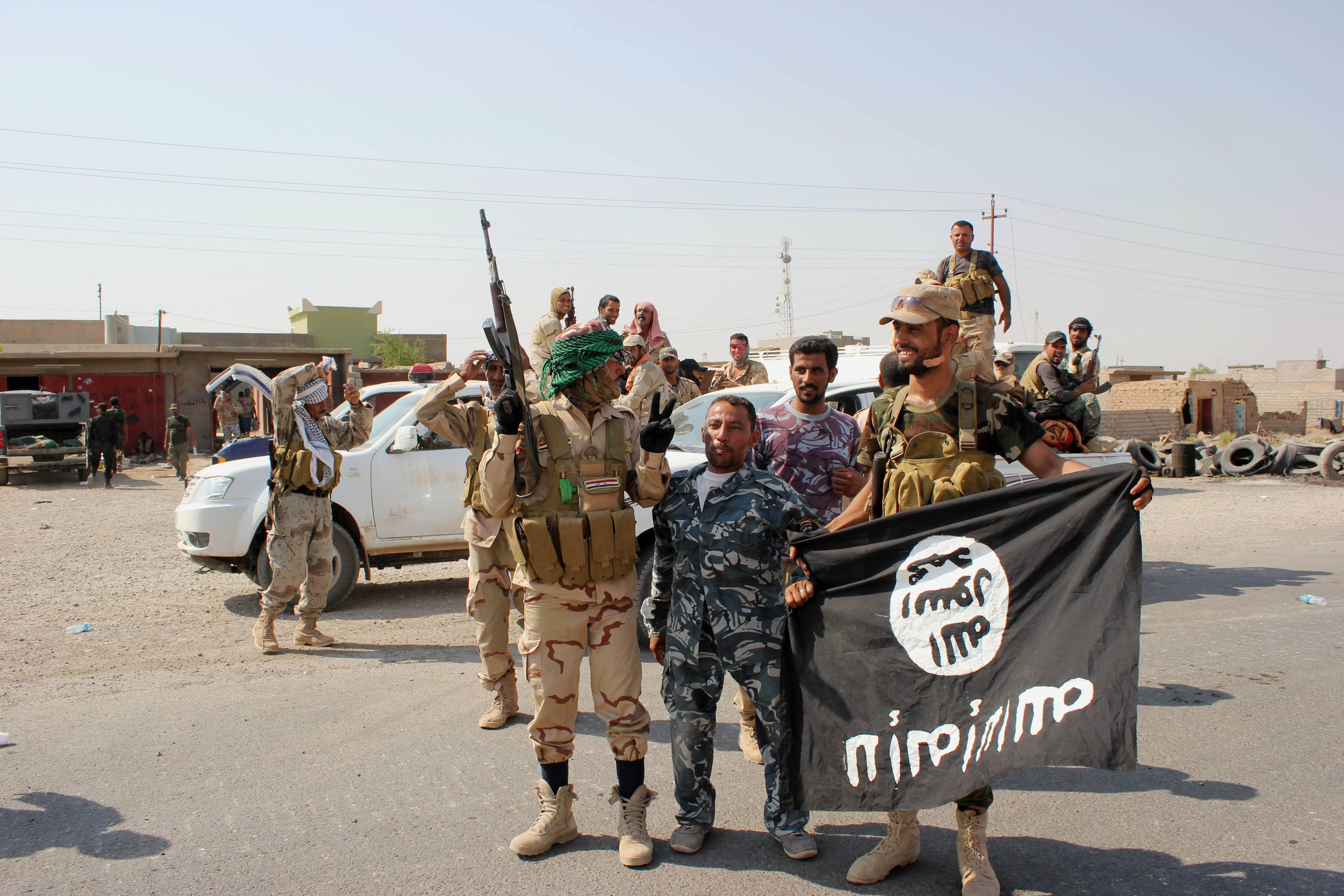 Governments work to stop jihadis going to Syria, Iraq