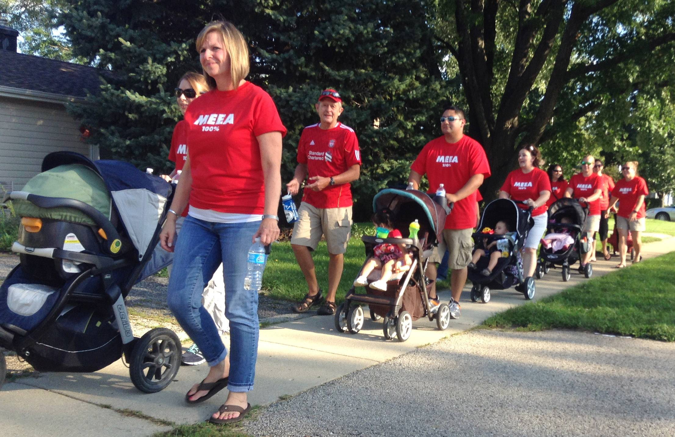 Mundelein Elementary District 75 teachers and supporters on Wednesday evening walked from Carl Sandburg Middle School to the district office on Route 45 in support of the negotiating team. Contract talks between the school board and teachers may be nearing a conclusion.