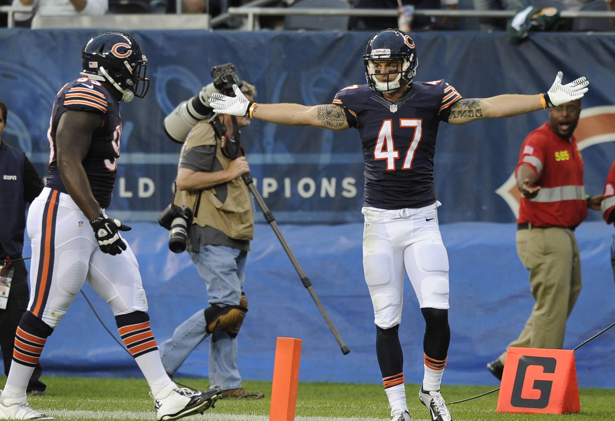 Bears safety Chris Conte (47) is fully aware of how fans feel about him, but he says all he can worry about is doing his job.