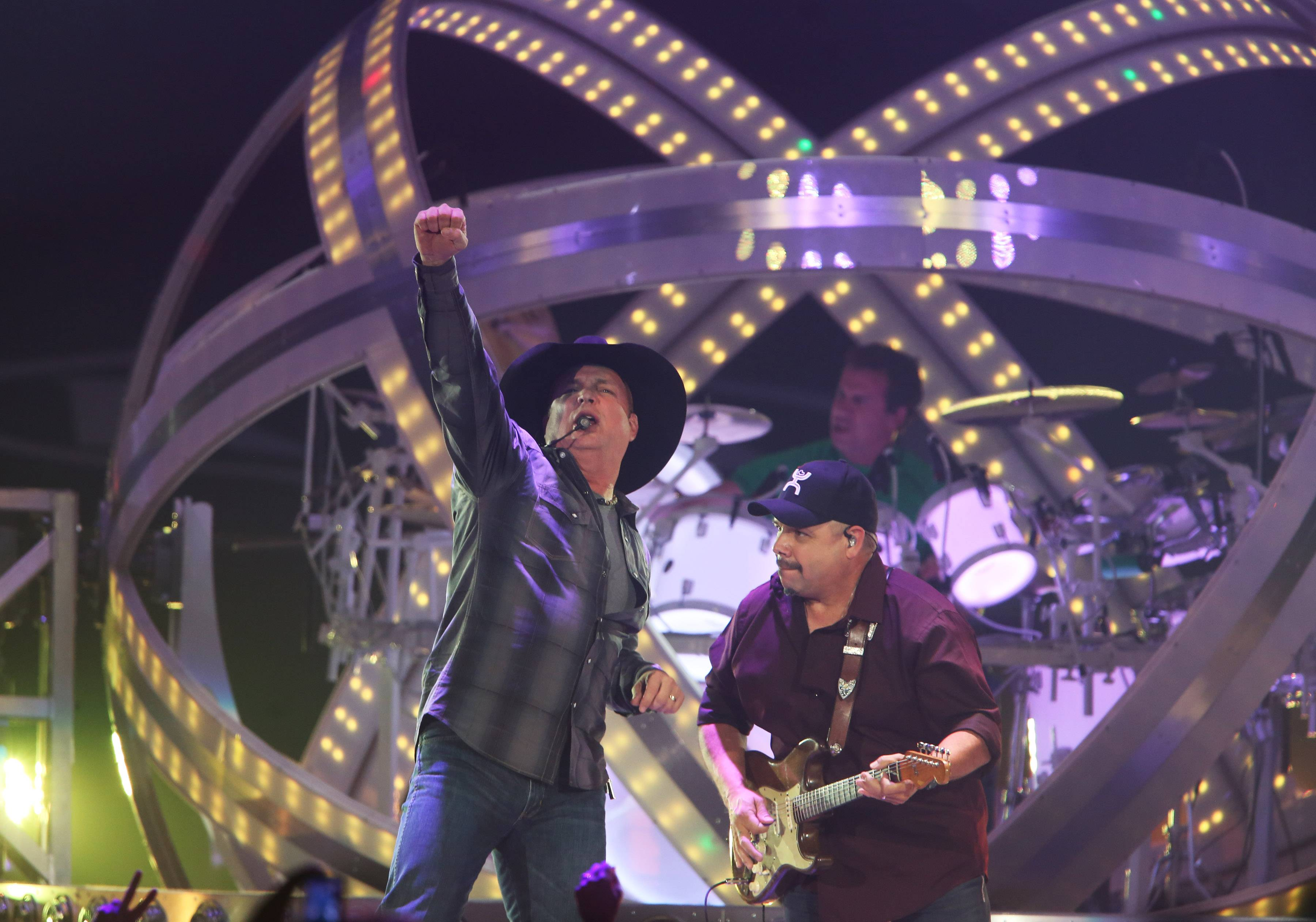 Country music star Garth Brooks performs at Allstate Arena on Thursday in Rosemont.
