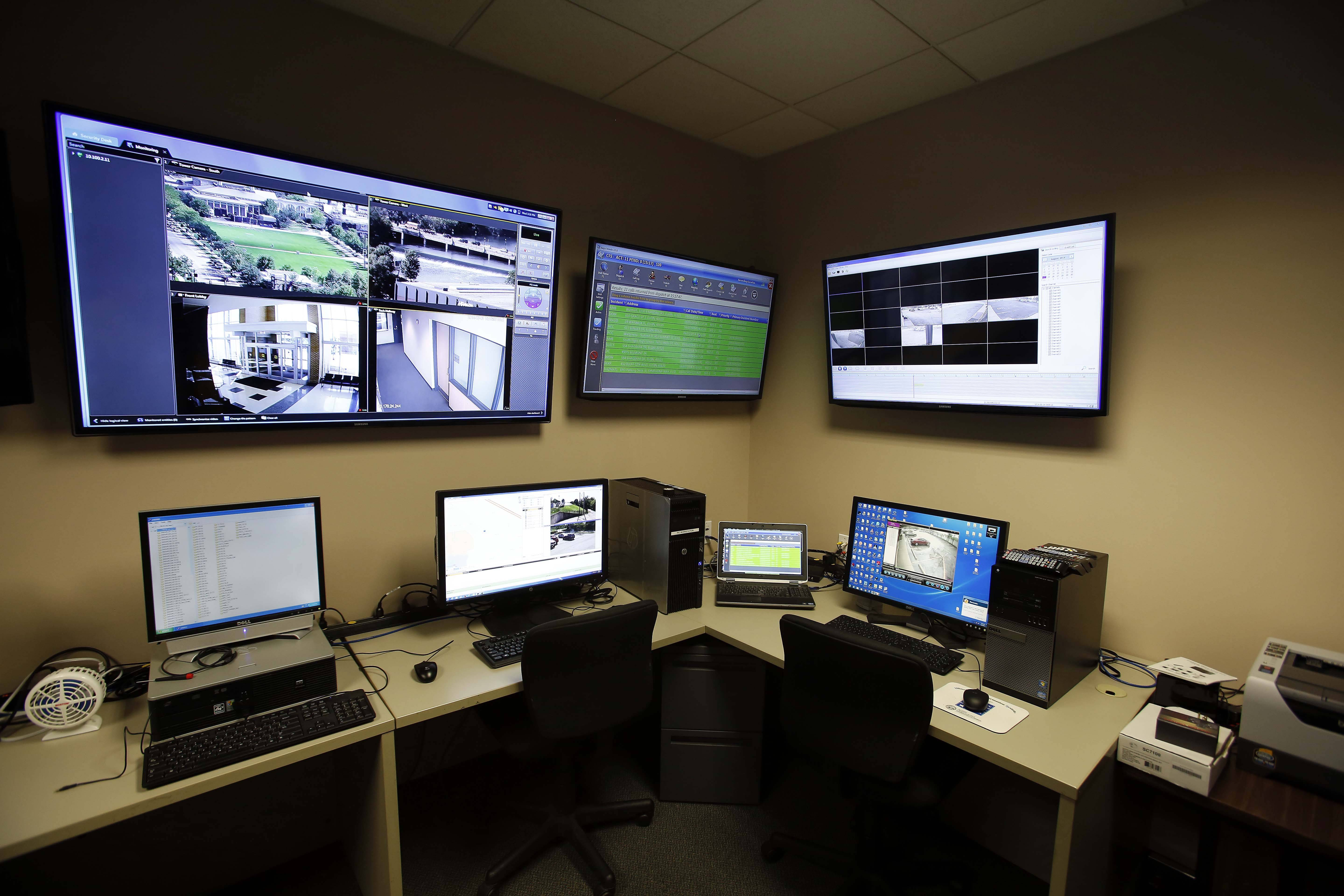 The Elgin Police Department is planning to buy a Real Time Information Center from Motorola that will allow for real-time viewing of cameras in public places such as Festival Park.