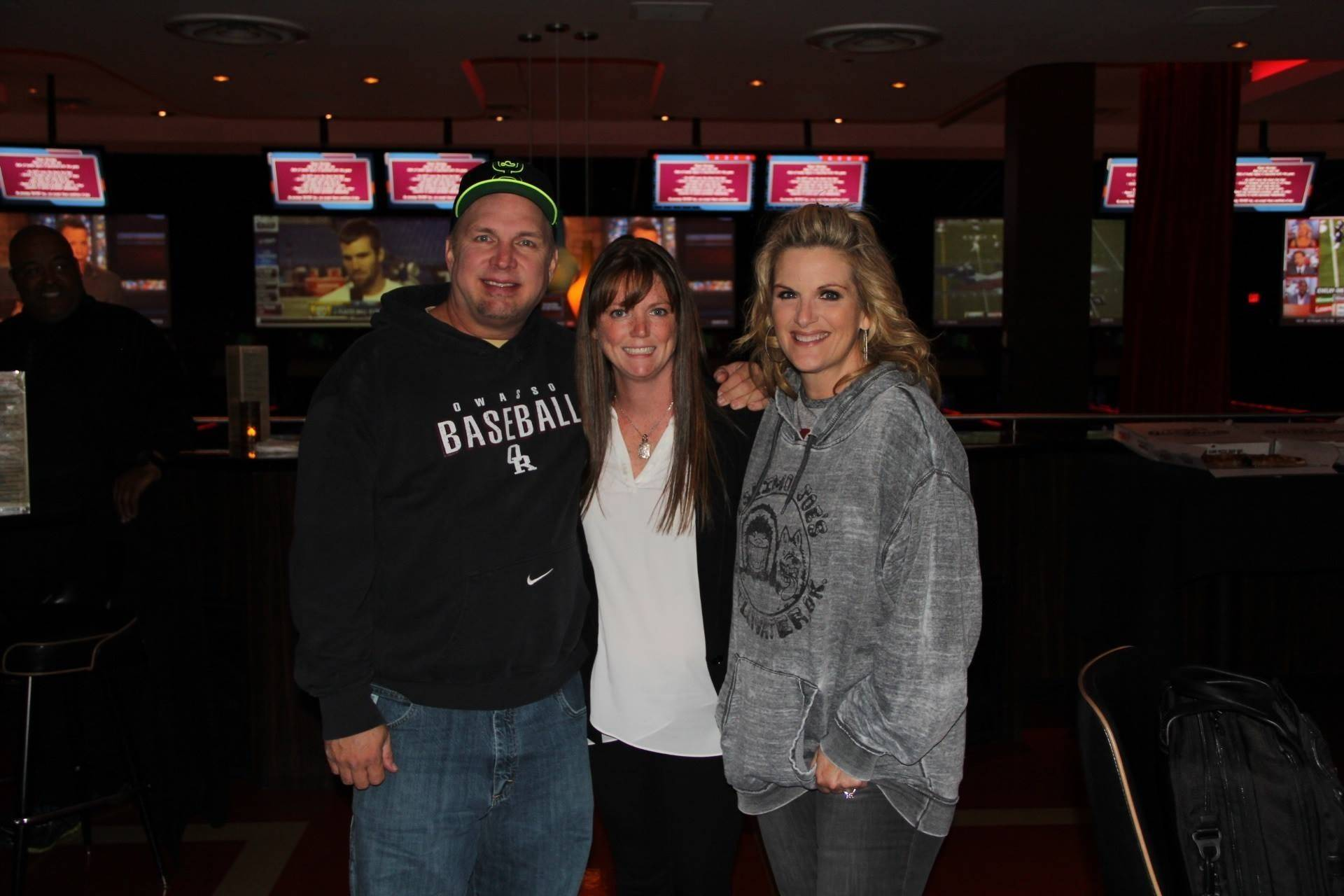 Garth and Trisha knock down pins at Kings bowling alley in Rosemont