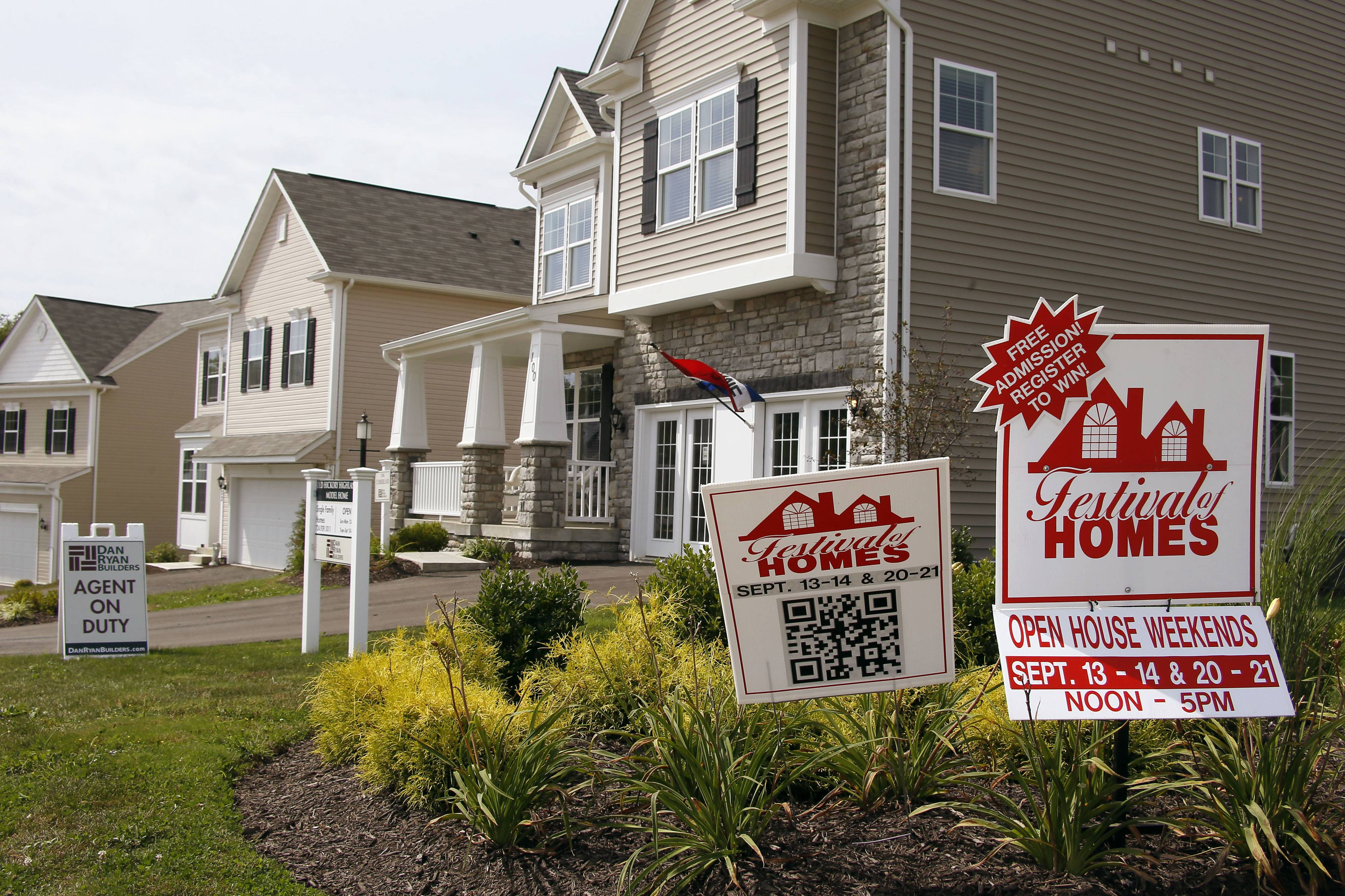Mortgage applications last week climbed by the most in three months as Americans rushed to refinance their homes amid rising interest rates.