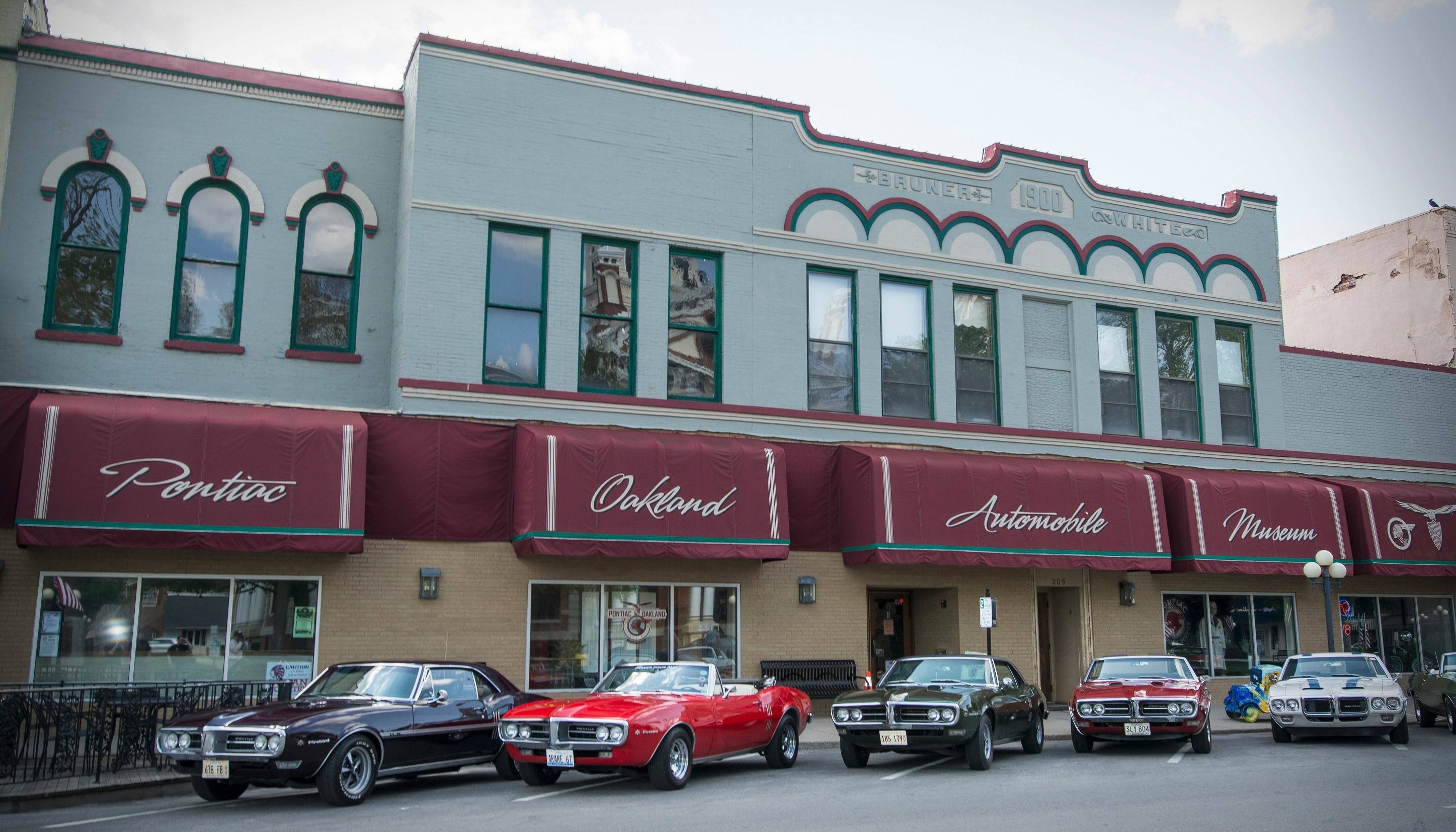 Members of the Chicago-area Midwest Firebird Club cruised down to Pontiac this summer to visit the Pontiac-Oakland Automobile Museum.