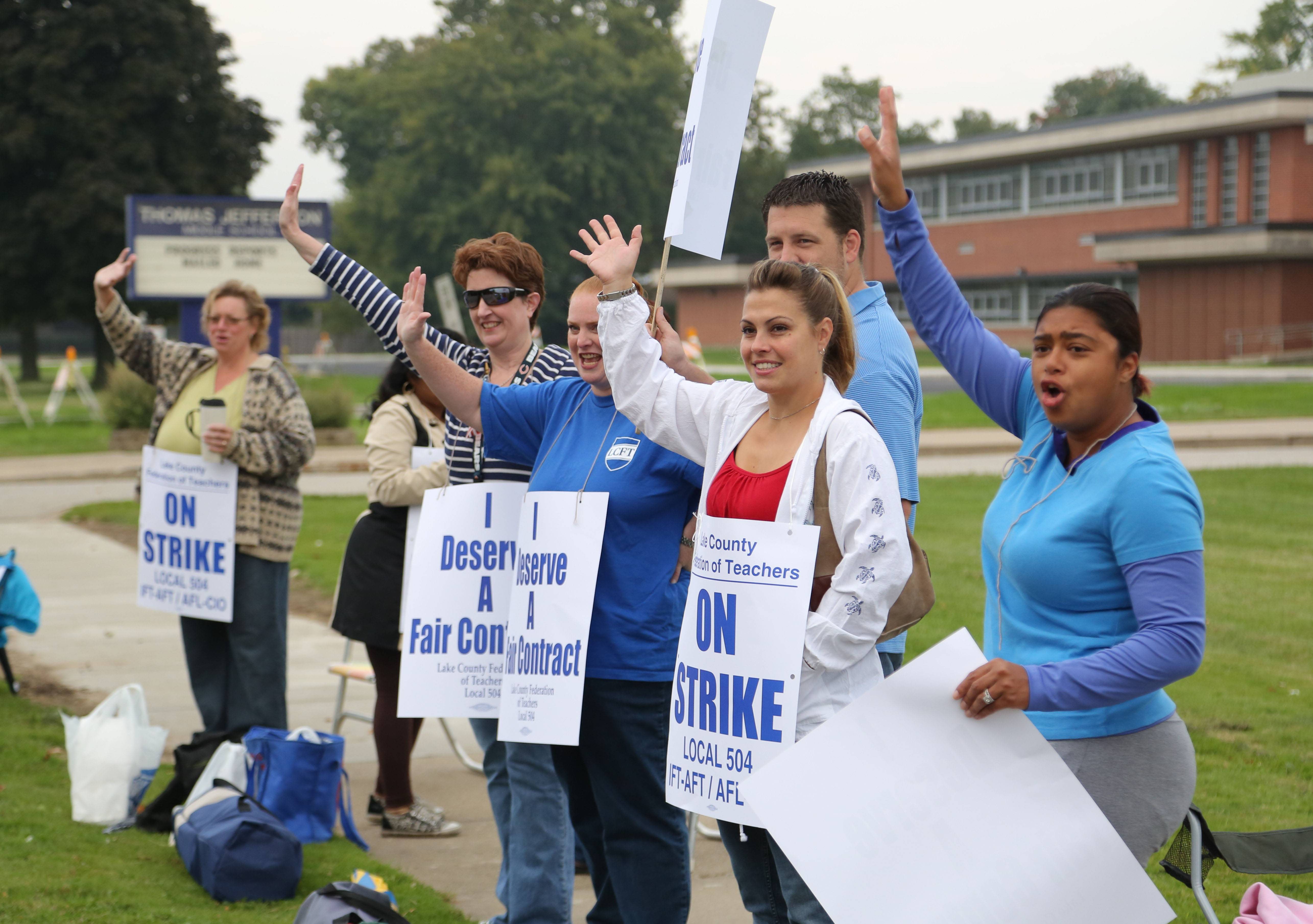 Waukegan teachers strike over pay, other issues, idling 17,000 students