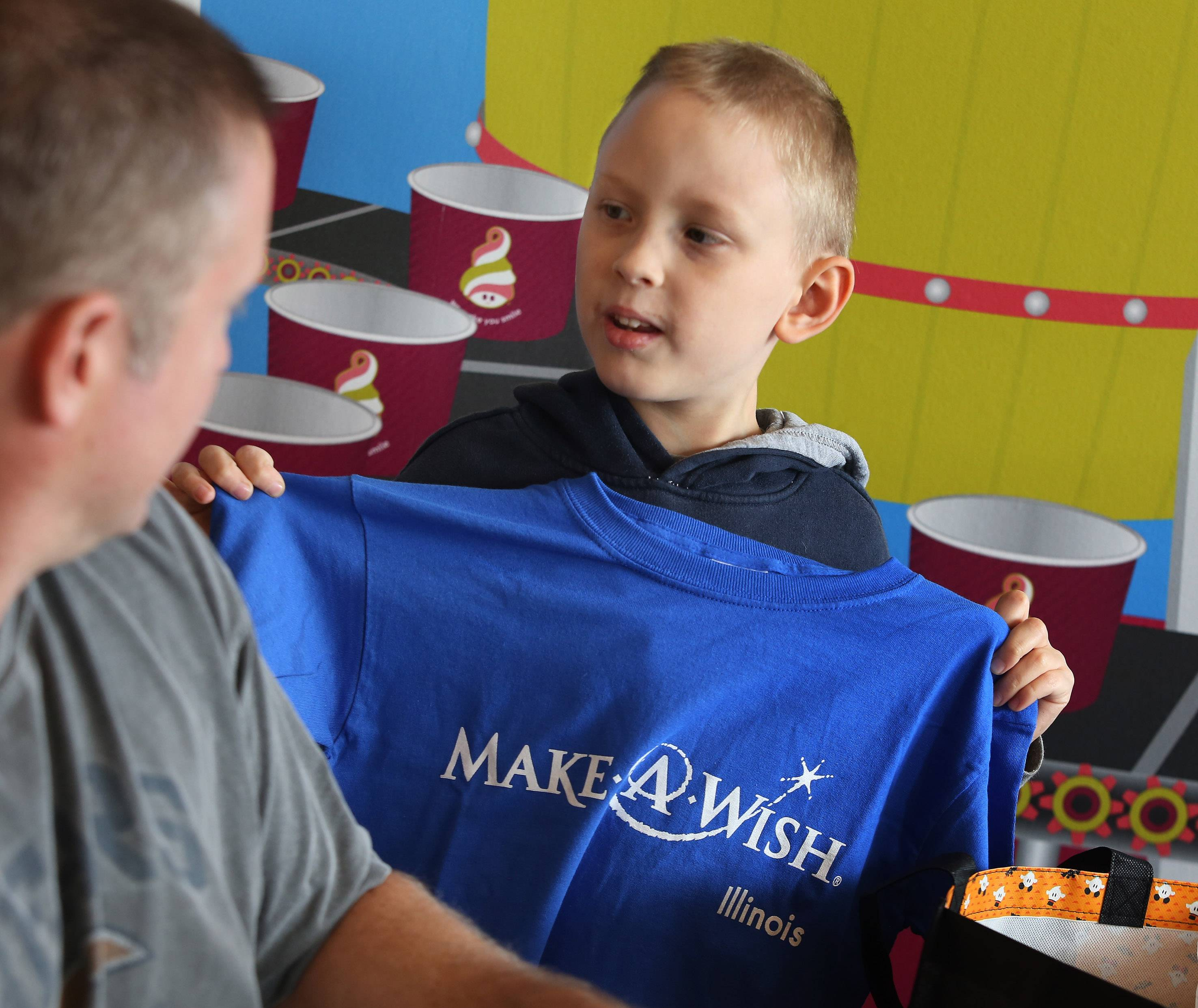 Make-A-Wish helps Arlington Heights boy become a Jedi