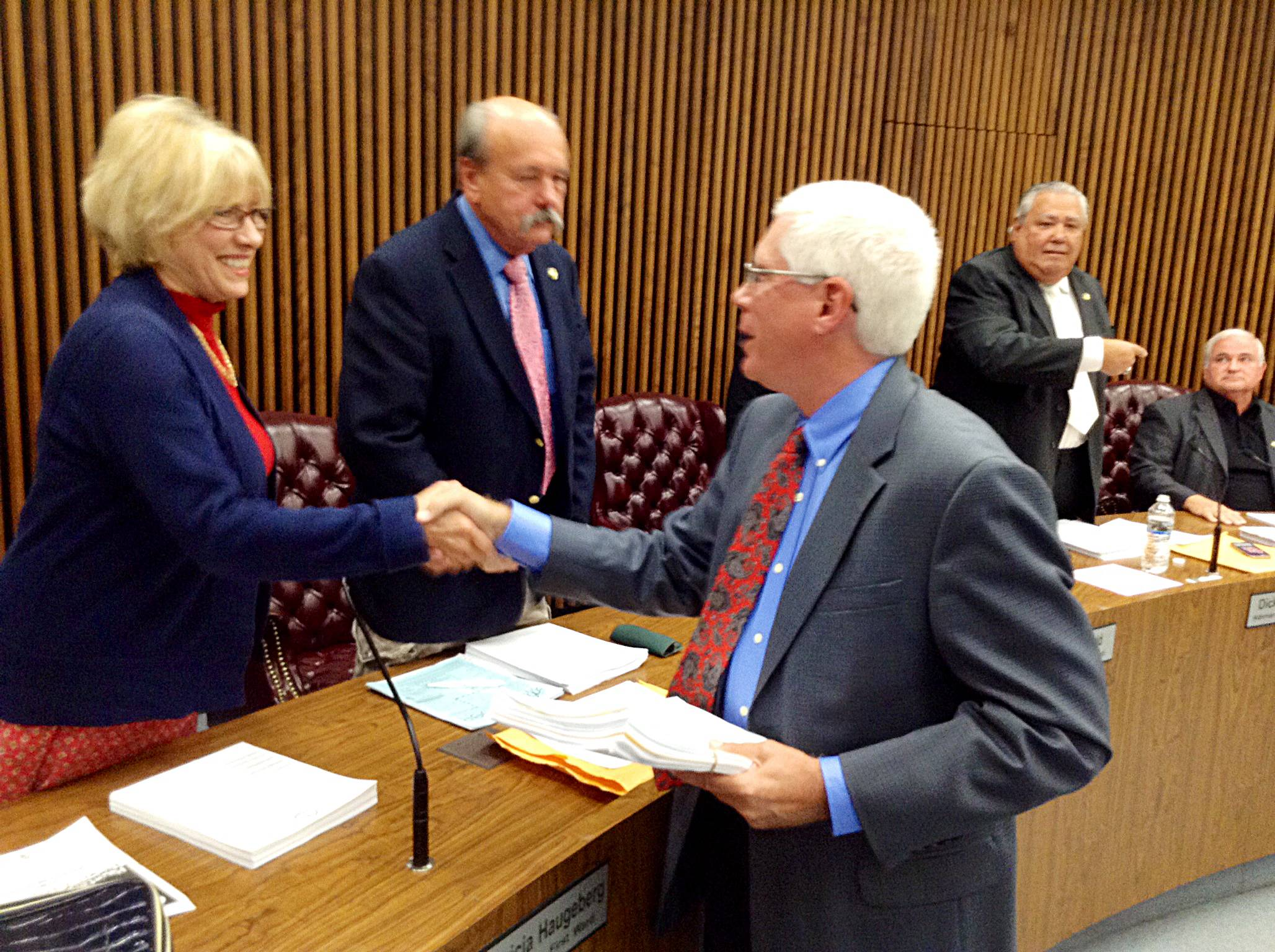 Familiar face appointed to vacant seat on Des Plaines board