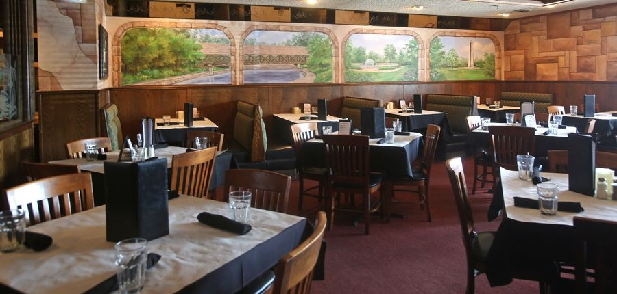 Walker's Charhouse is a comfortable spot for steaks and seafood on Gartner Road in Naperville.