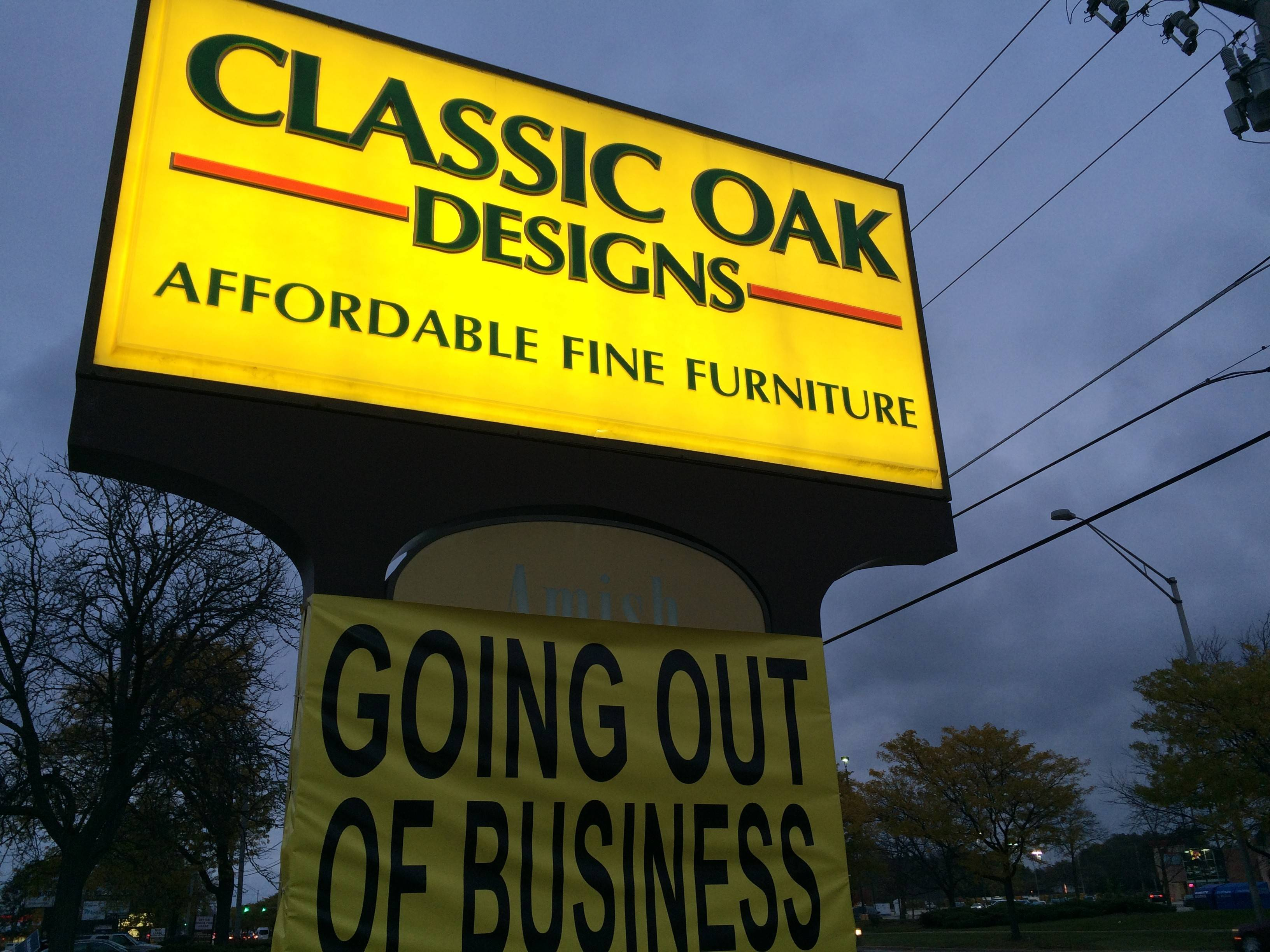 Classic Oak in Arlington Heights is going out of business after 34 years in the community.