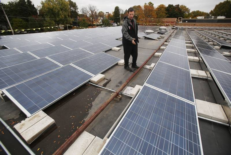 Energy Projects For Middle School : Libertyville schools harnessing solar power