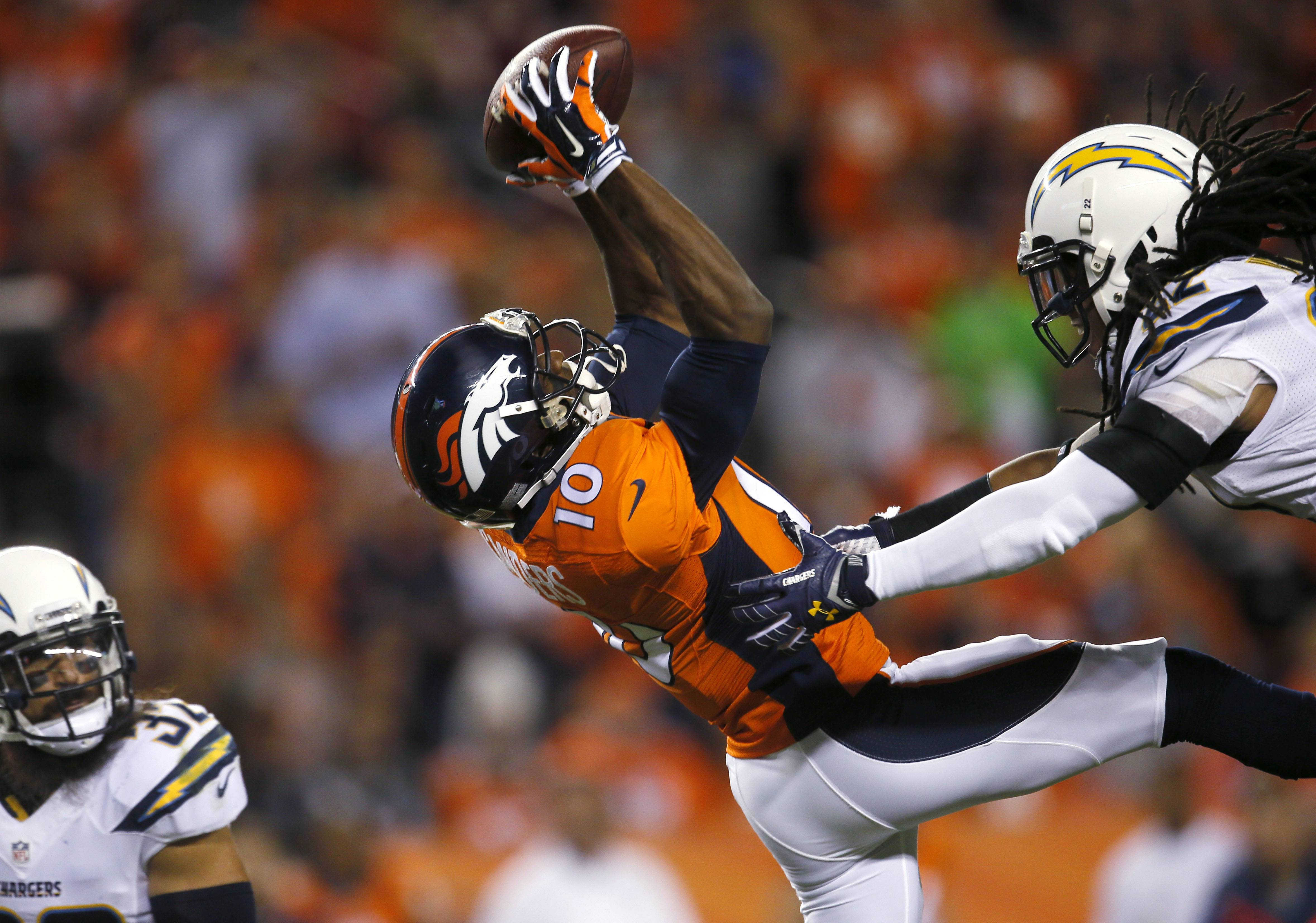 Manning Sanders Lead Broncos Past Chargers 35 21