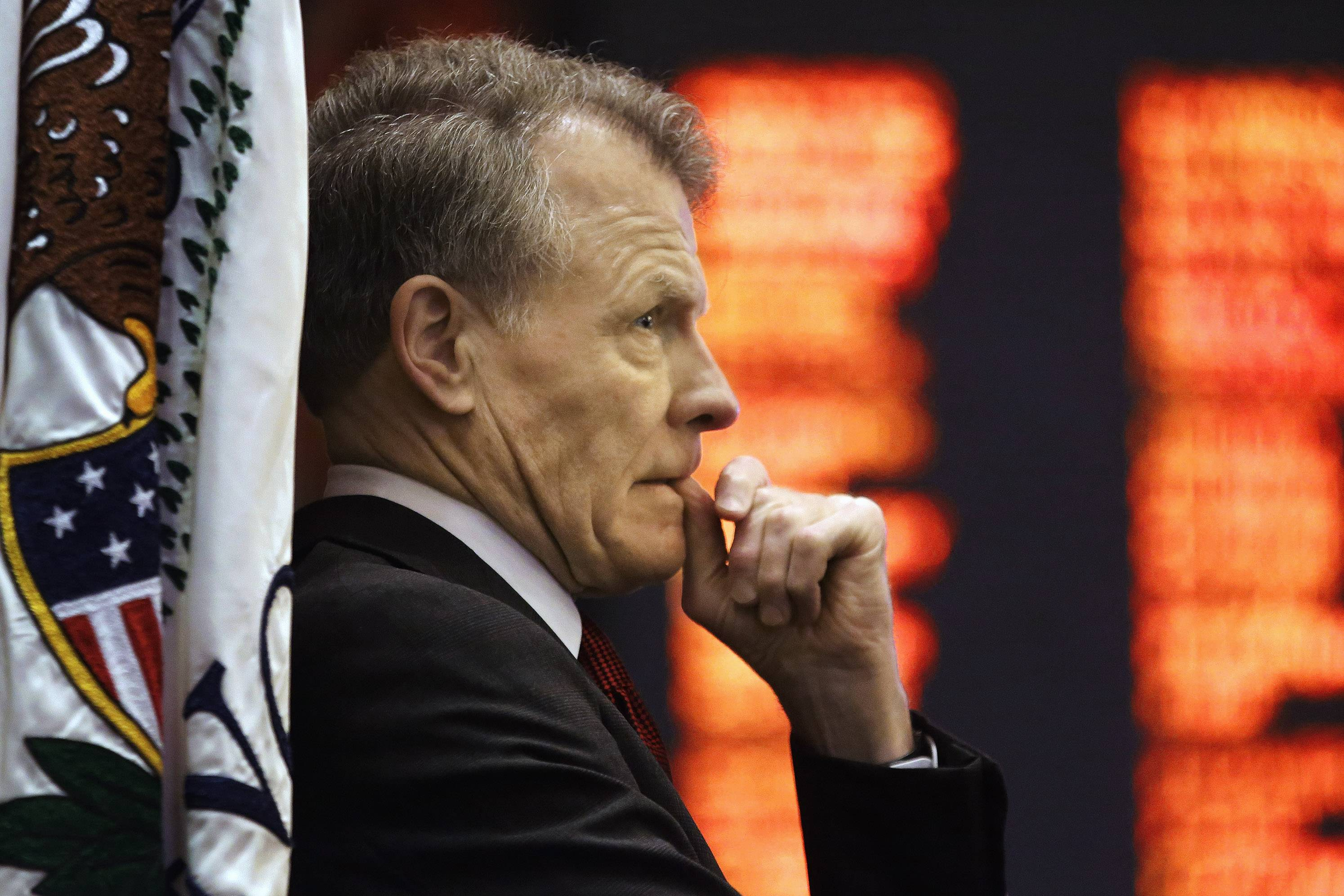 Speaker Michael Madigan is using well-honed strategies to maintain the Democrats' veto-proof supermajority in the state House.
