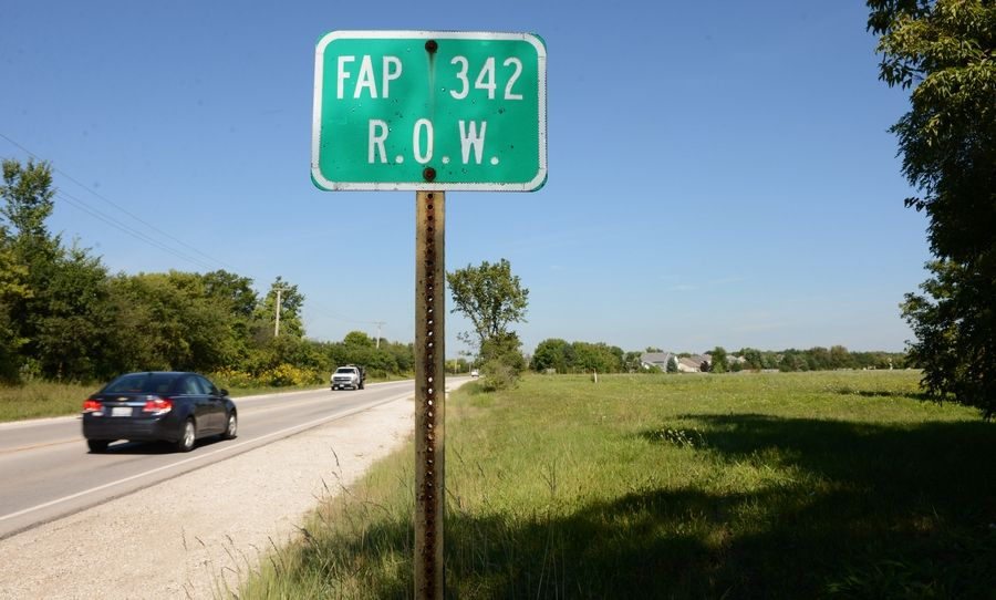 Some of the Route 53 extension right of way goes along Route 83 just south of Hawley Street near Mundelein.