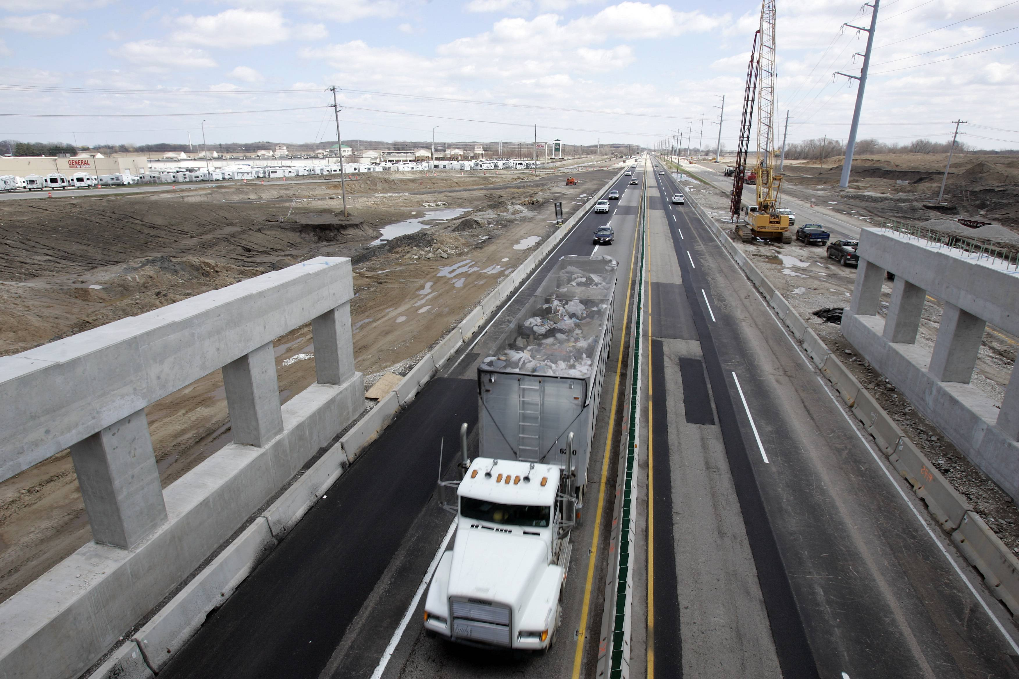 New lanes to open on I-90 tollway west of Elgin