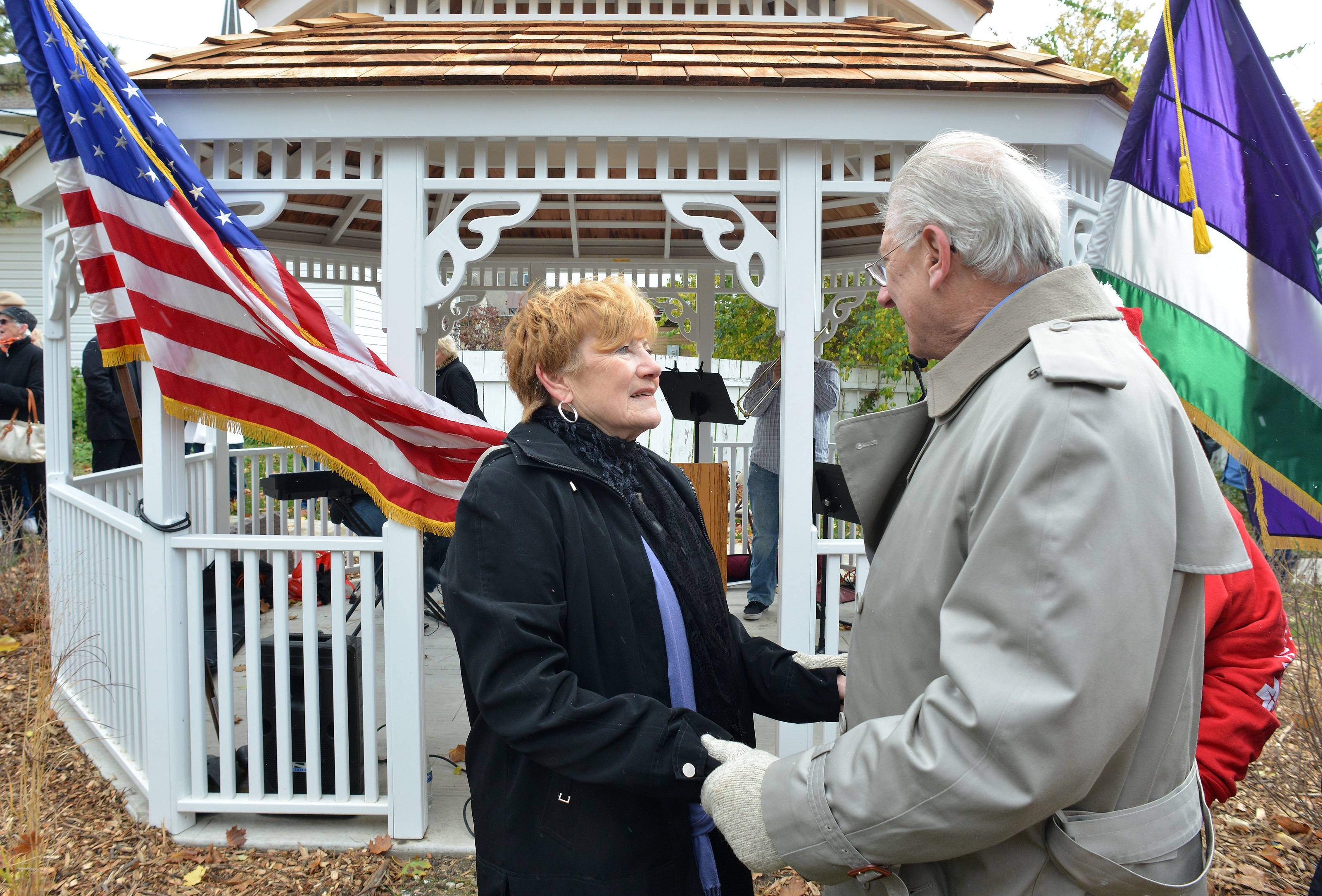 Lombardians cheer gazebo honoring late village president