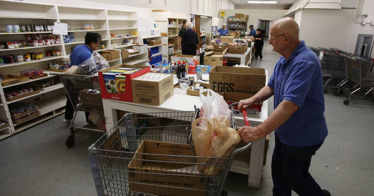 Fish food pantry hopes for turkey donations for Fish food bank