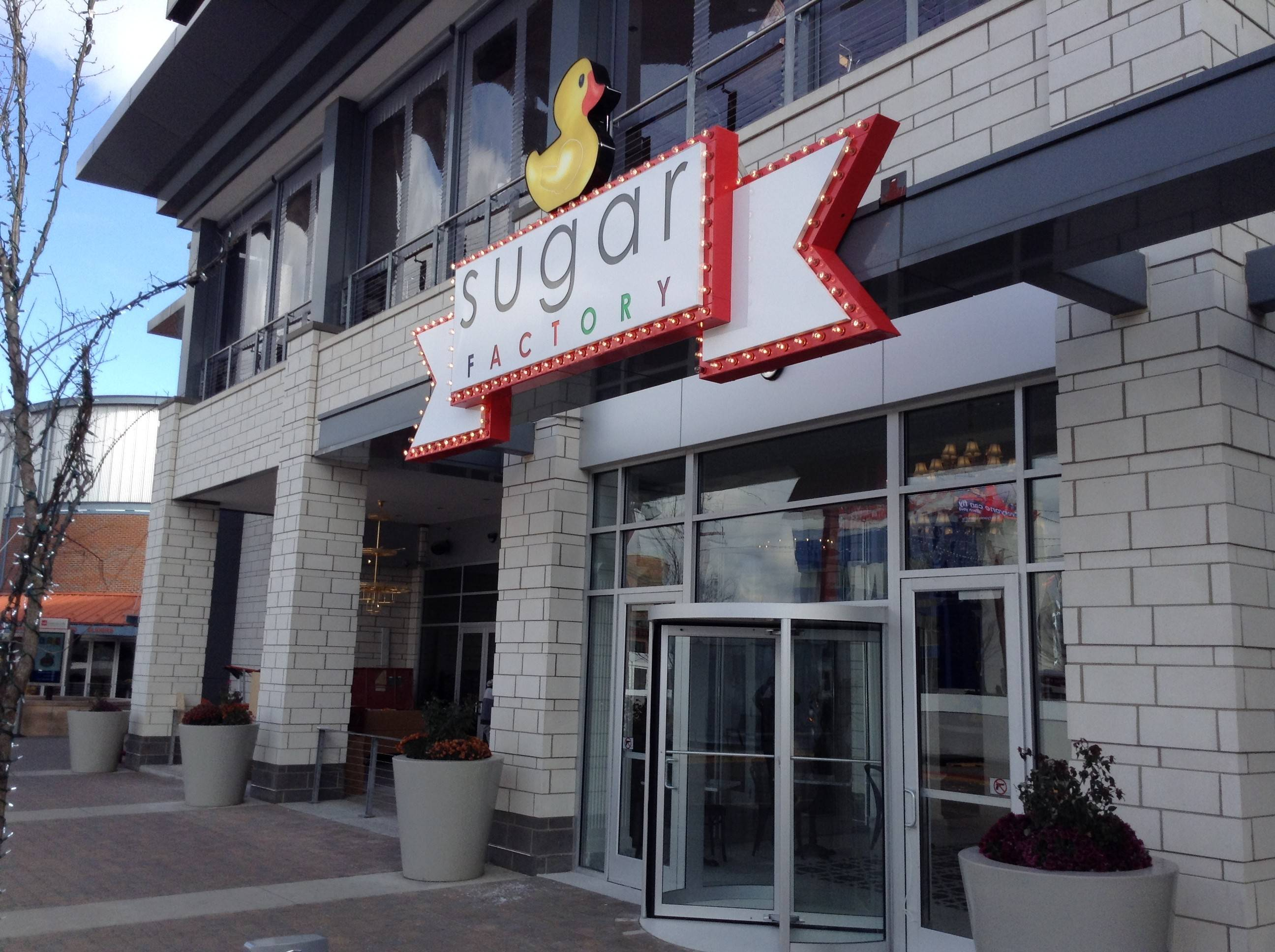 Upscale candy-inspired restaurant opens in Rosemont