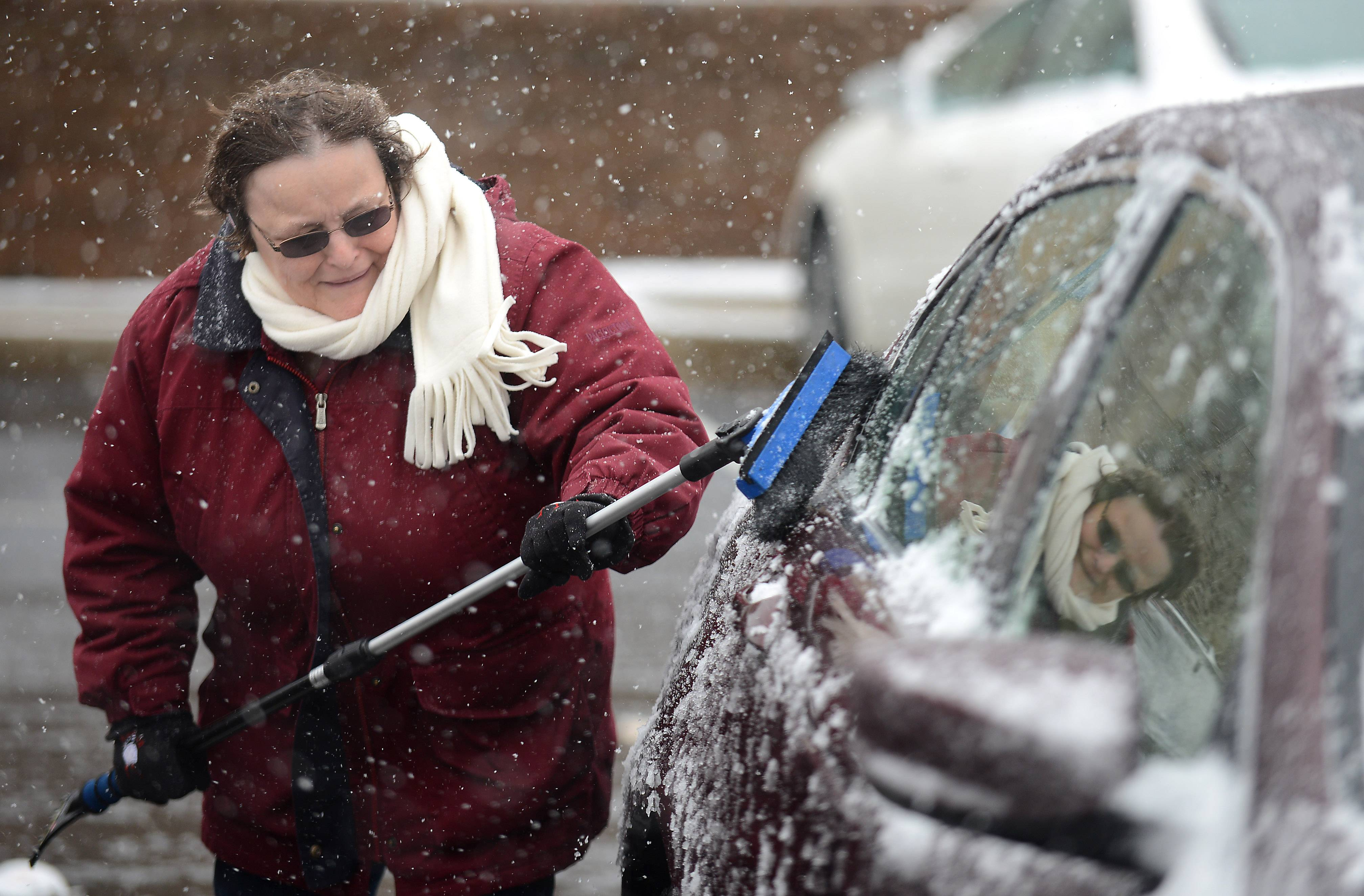 Suburban snow plows could get their first test of the season Monday, as the National Weather Service issued a winter weather advisory stating the region could be hit by 3 to 5 inches of snow during the late afternoon and evening.
