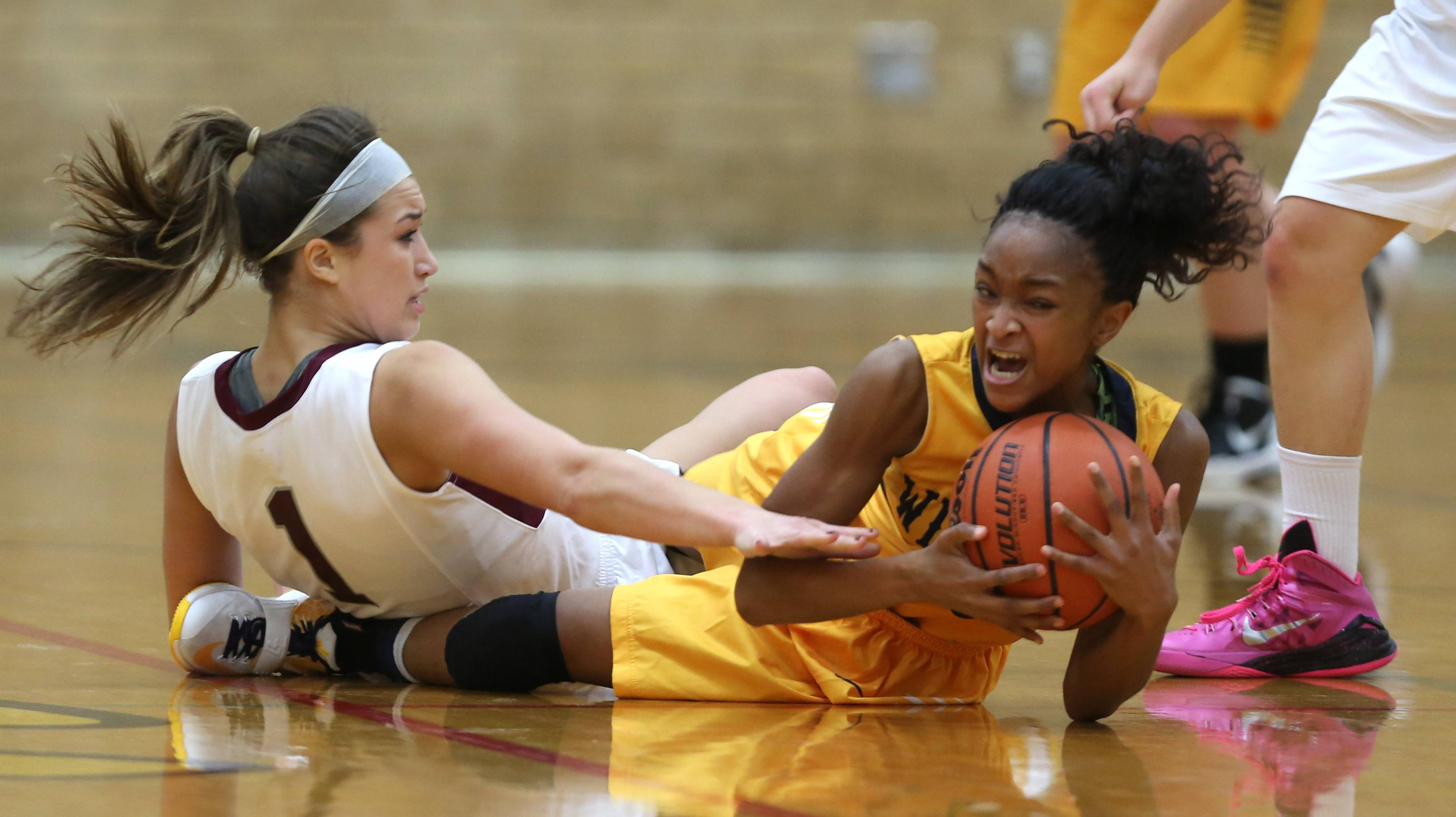 Defenses stand out in Montini win