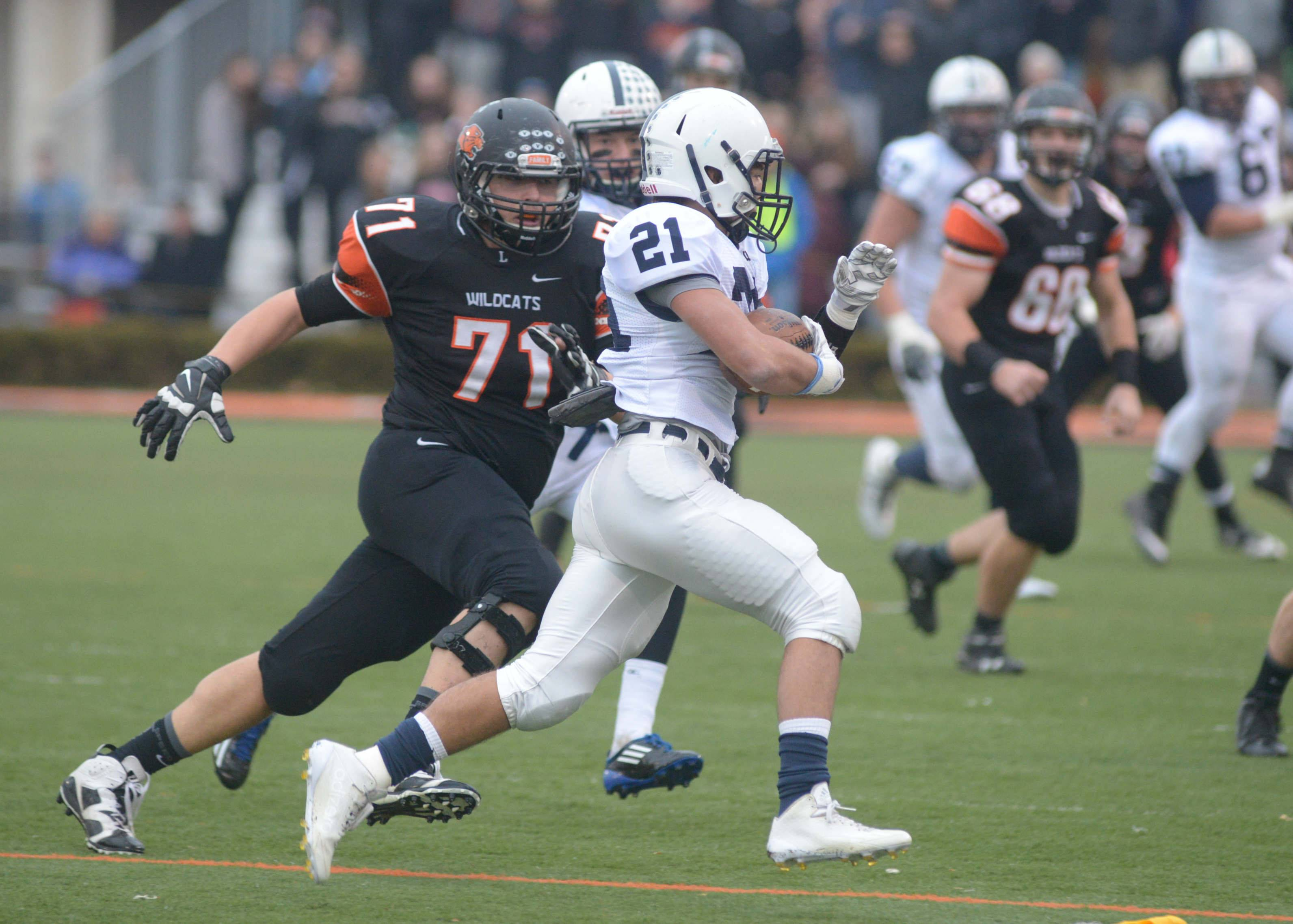 Cary-Grove's defense confuses, frustrates its opponents