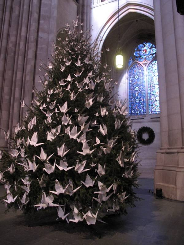 5 Free Things Nyc Lit Up And Lovely At Christmas