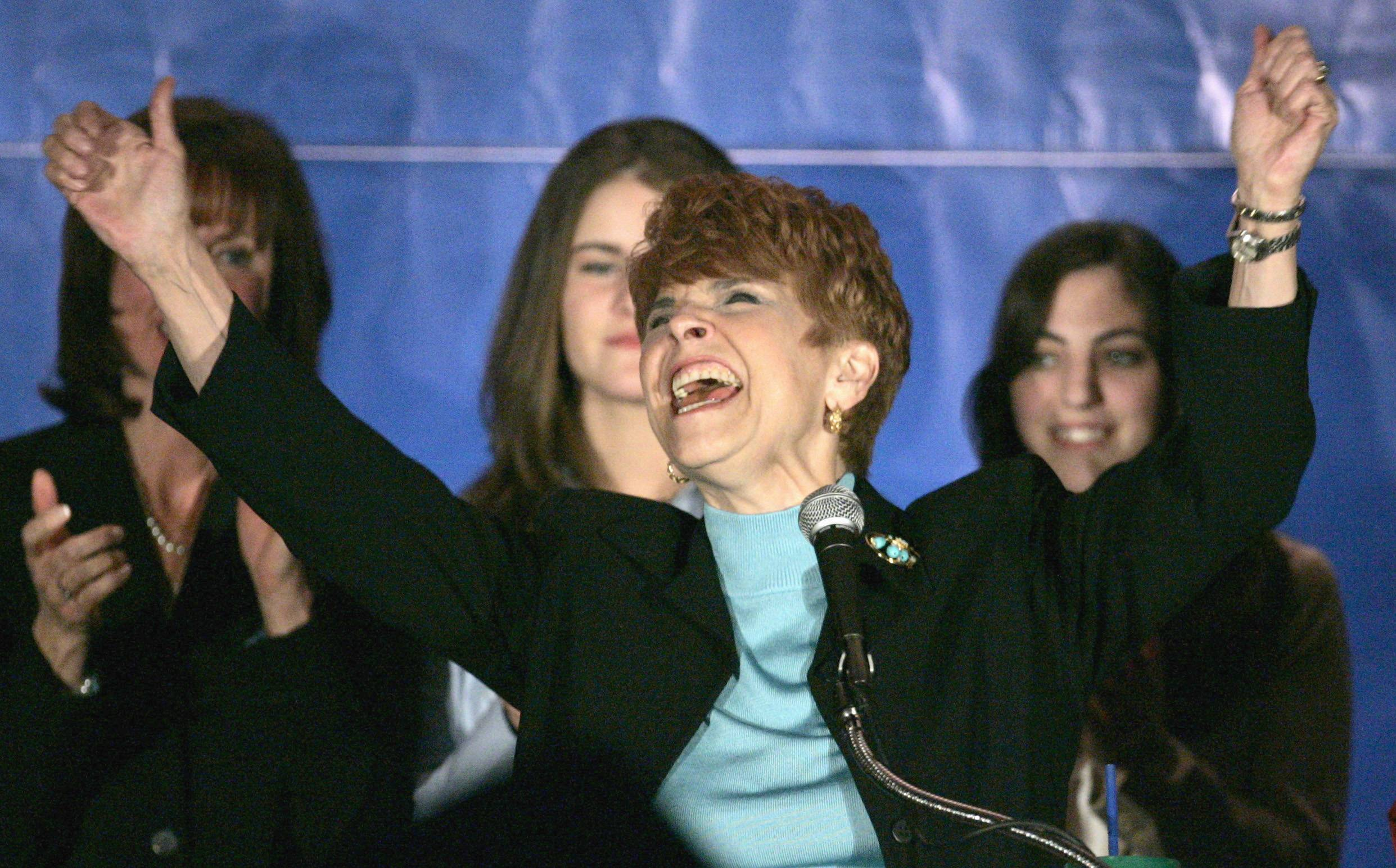 Obama, Illinois politicians stunned by Topinka's death