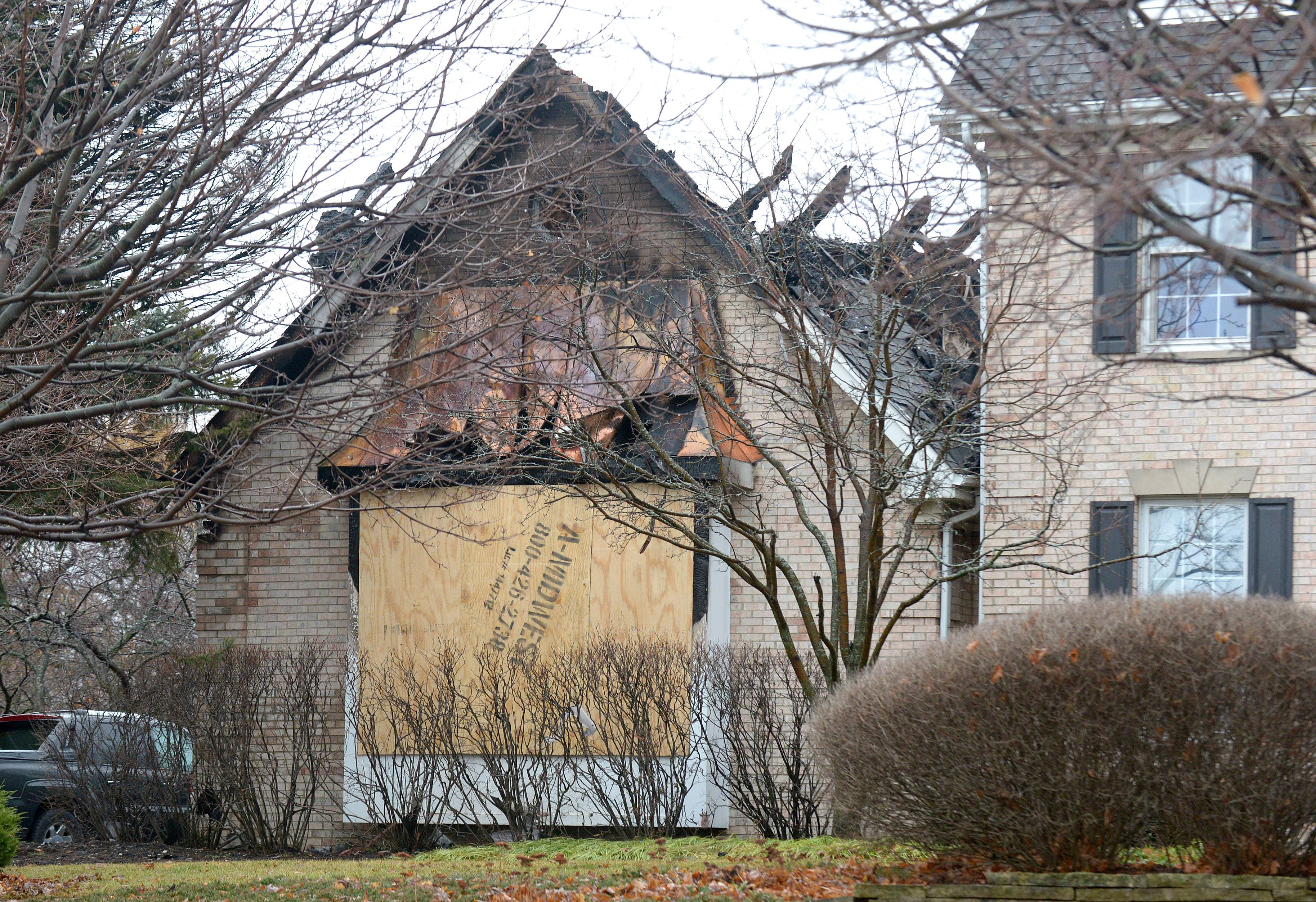 A midnight fire caused $200,000 damage to a house and its contents Tuesday in St. Charles Township. Nobody was injured.