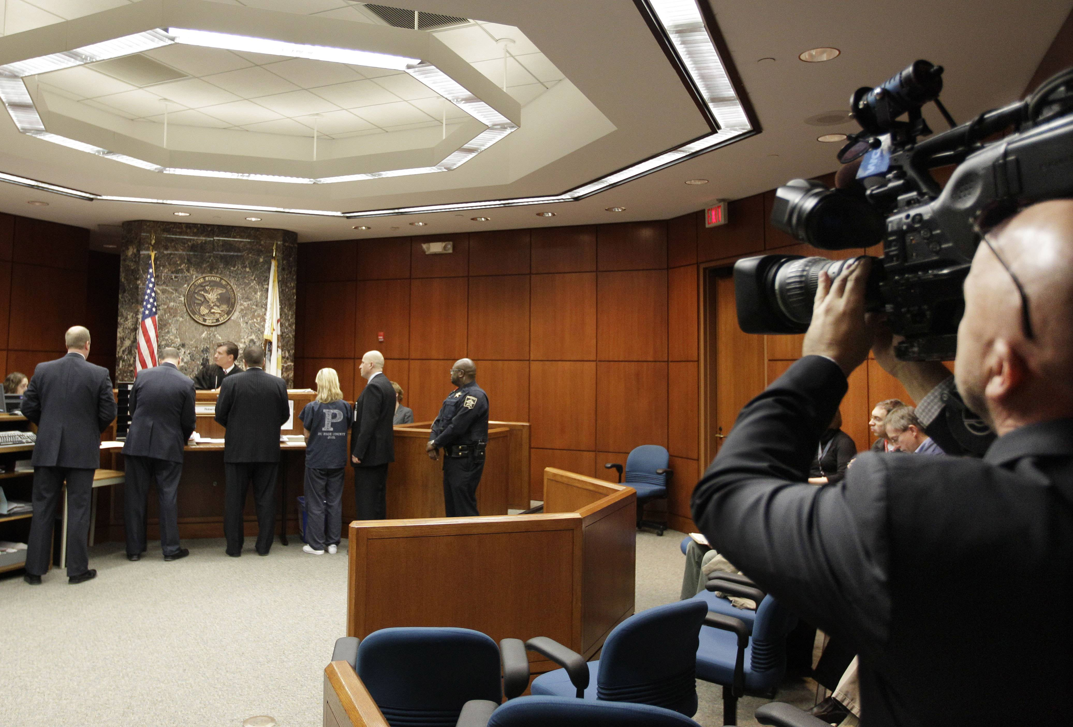 Cook County to begin test of cameras in courtrooms