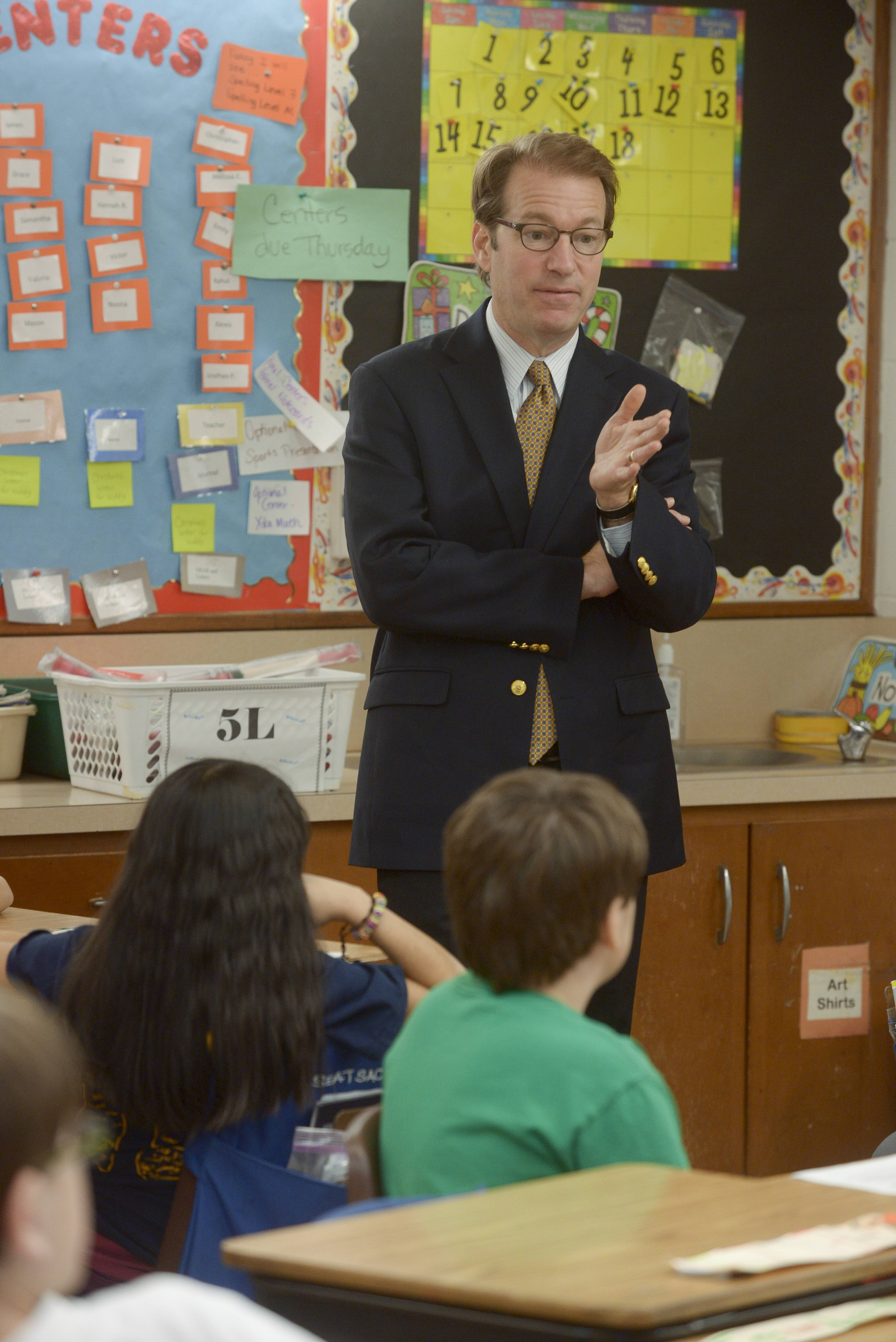 U.S. Rep Peter Roskam visited Indian Knoll Elementary School in West Chicago District 33 Wednesday to speak to the fifth-grade leadership group and encourage students to take the initiative to create positive change.