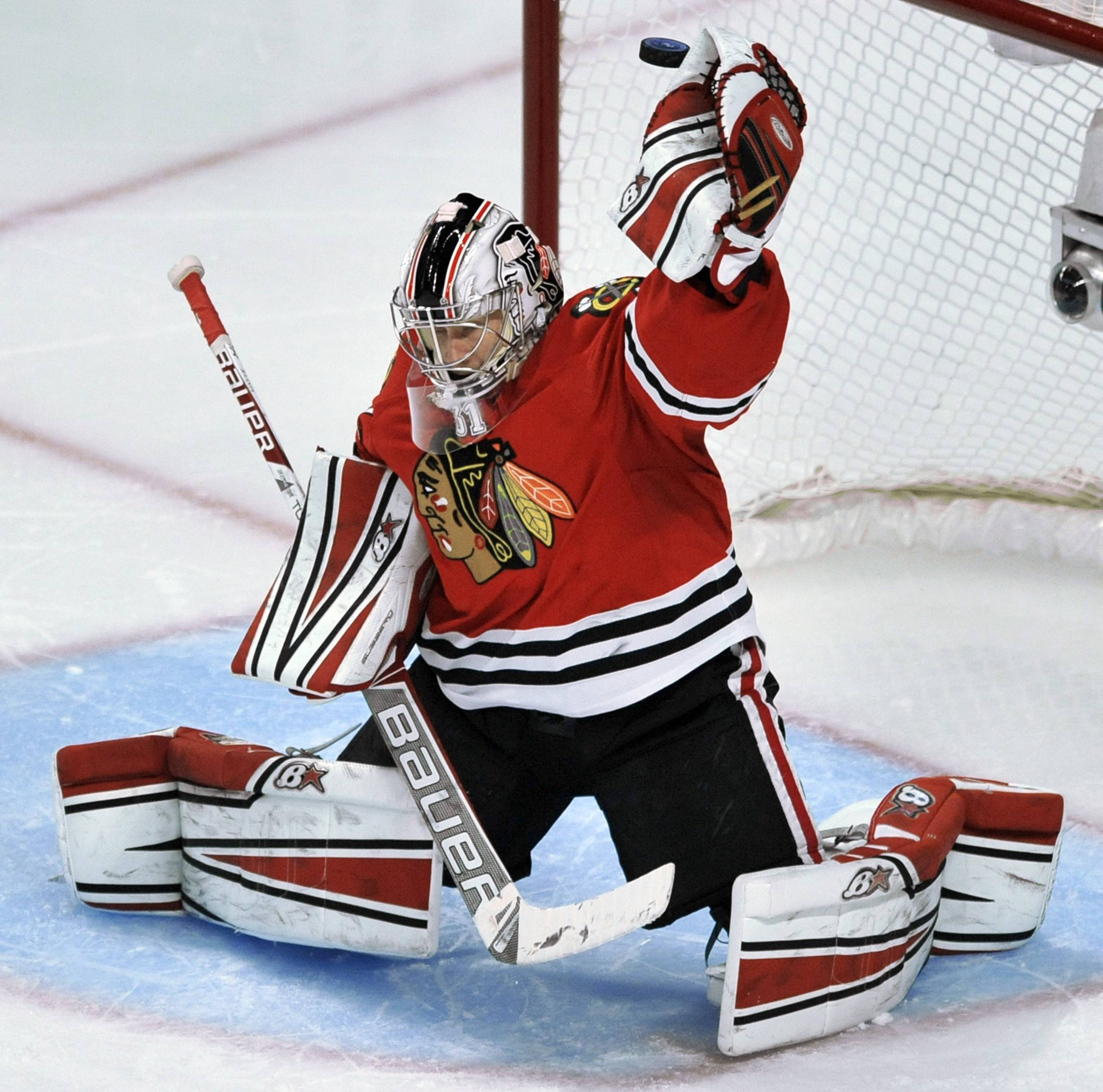 Blackhawks goalie Antti Raanta makes a save during the third period Sunday night, when he stopped 31 shots against the Maple Leafs for his second shutout of the season.