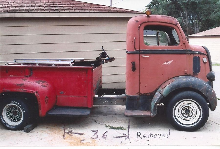 DeMars put the 1939 Ford cab on a 1987 chassis and shortened it to fit a standard 8-foot truck bed.
