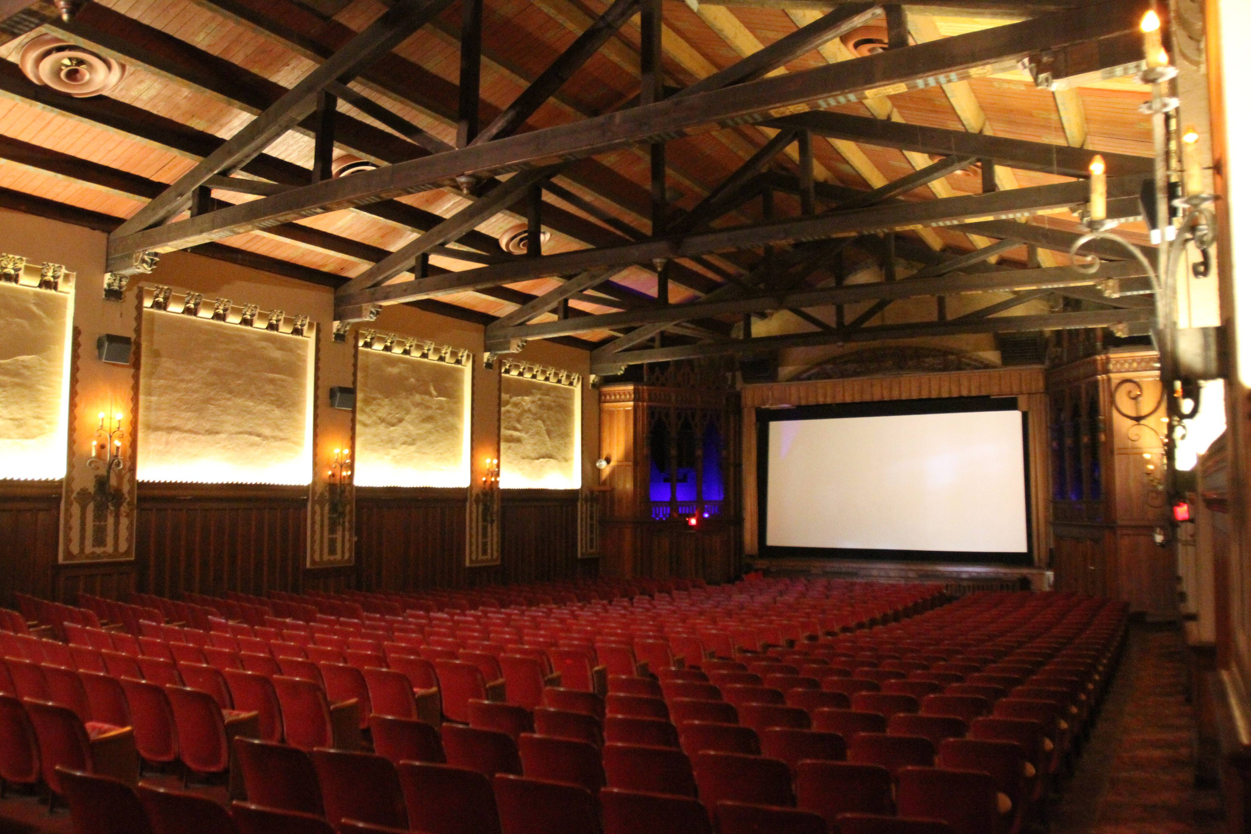 Beloved historic theaters add to movie experience