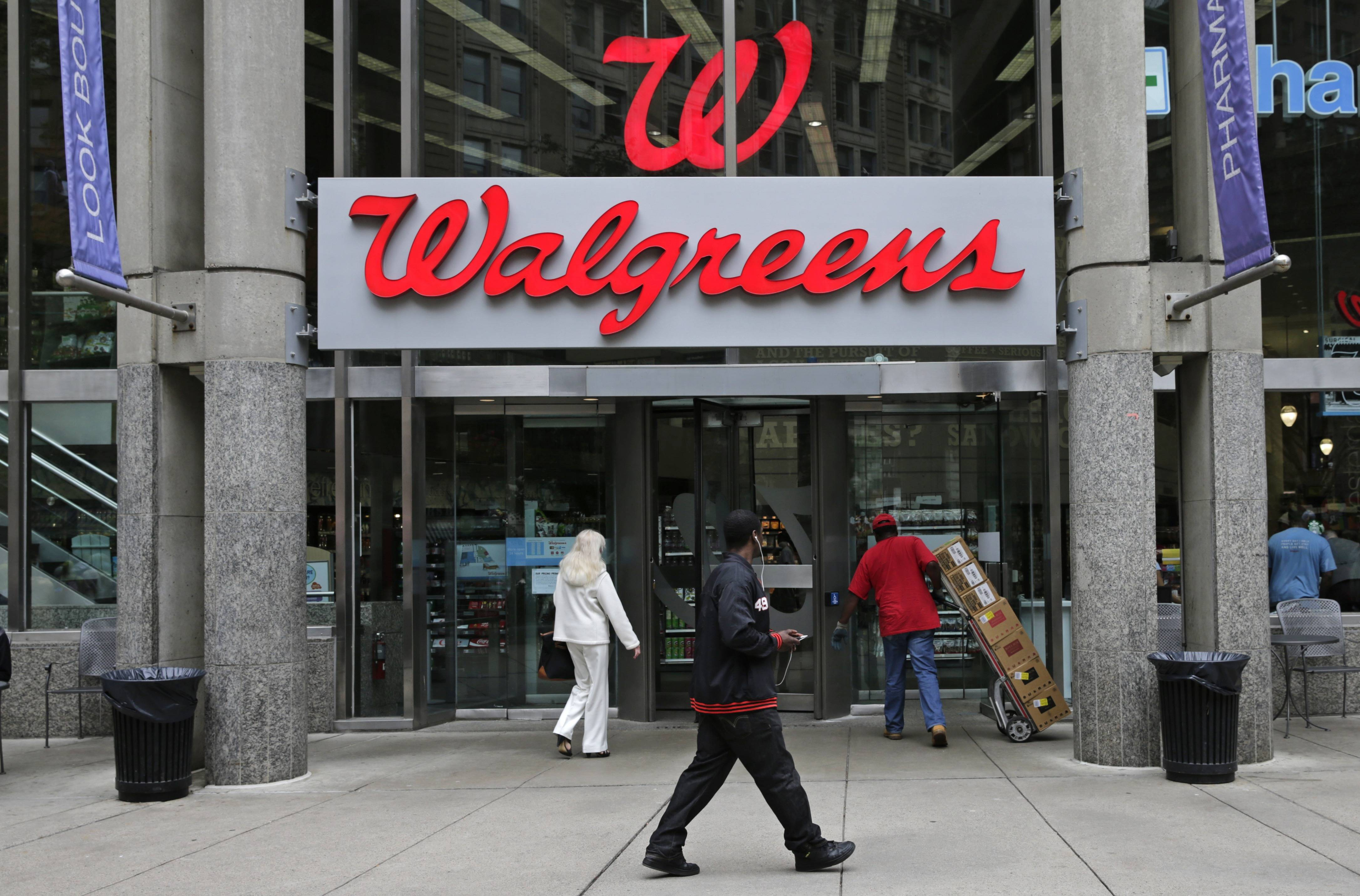 Pharmacy surge helps boost Walgreen's December sales