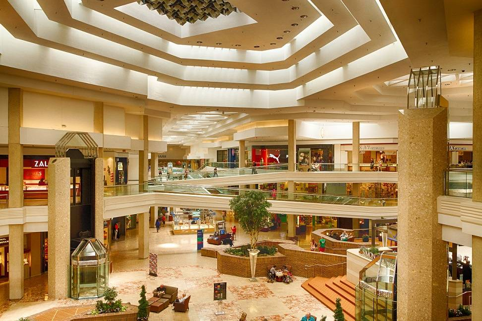 Woodfield Mall planning major renovation in 2015