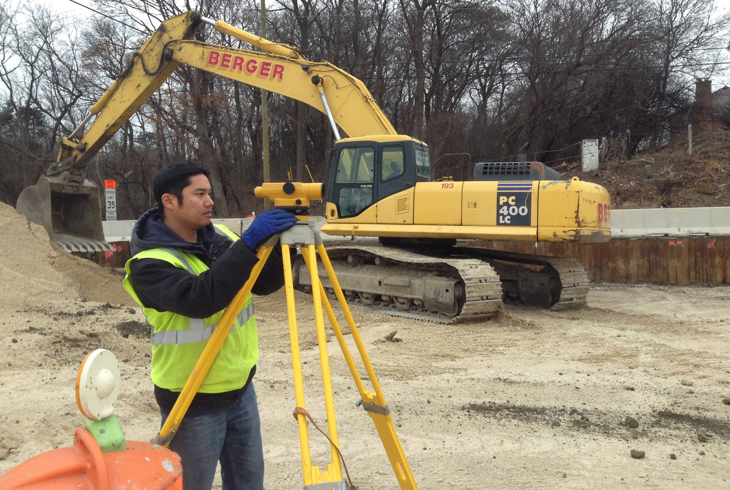 Work continues in Lake Barrington on fifth roundabout in Lake County