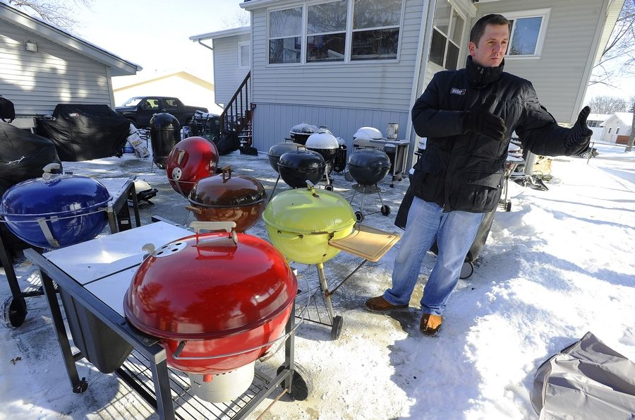 From baking pies in a grill for Thanksgiving to planning a menu for Super Bowl Sunday, Kevin Kolman, Grill Master for Weber, cooks outside on his suburban patio all winter.