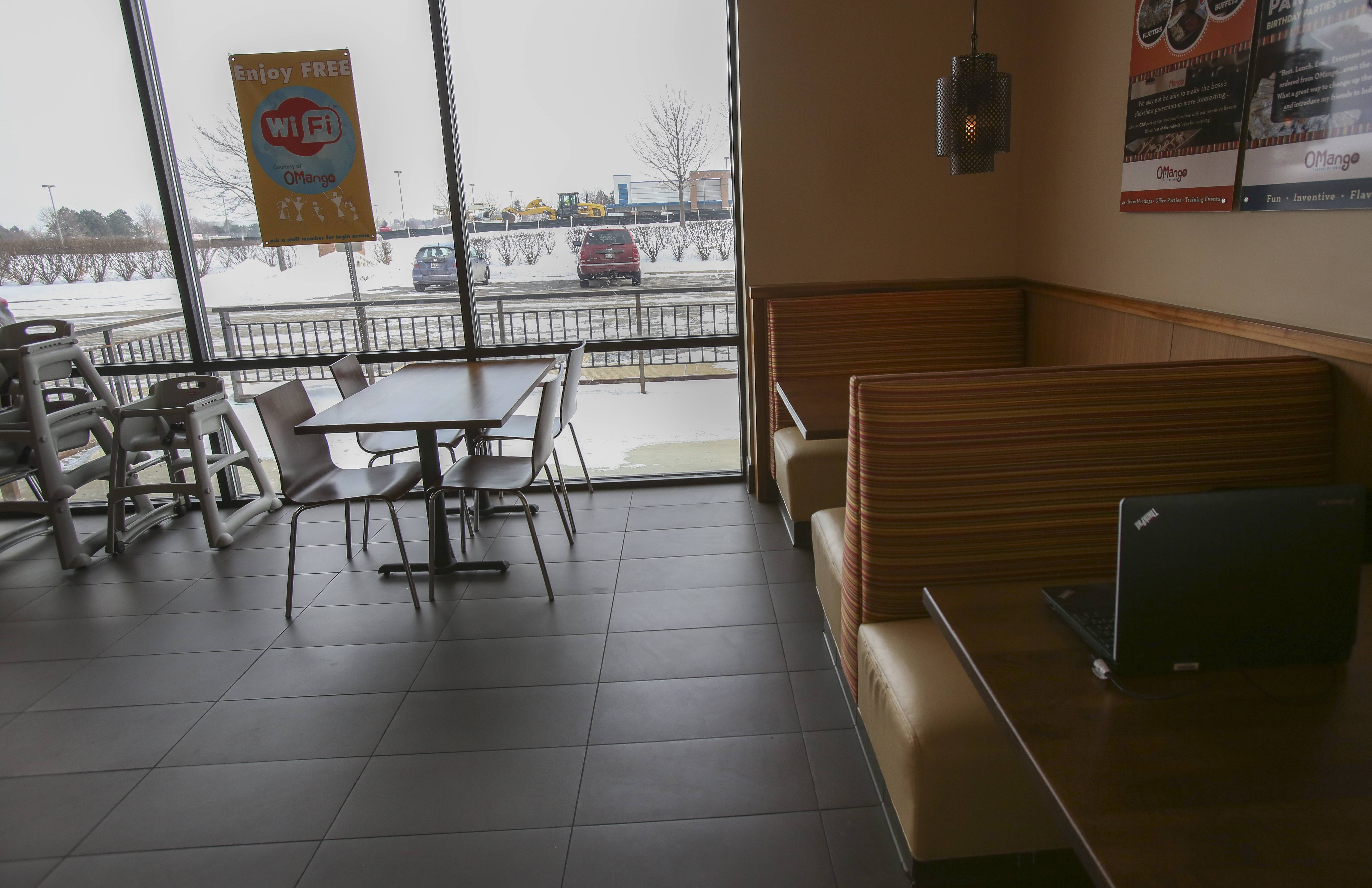 Empty tables and booths aren't unusual during the lunch hours at OMango Flavors of India on Route 59 in Aurora, where managers say fewer customers are venturing because of a two-year construction project to widen the road.