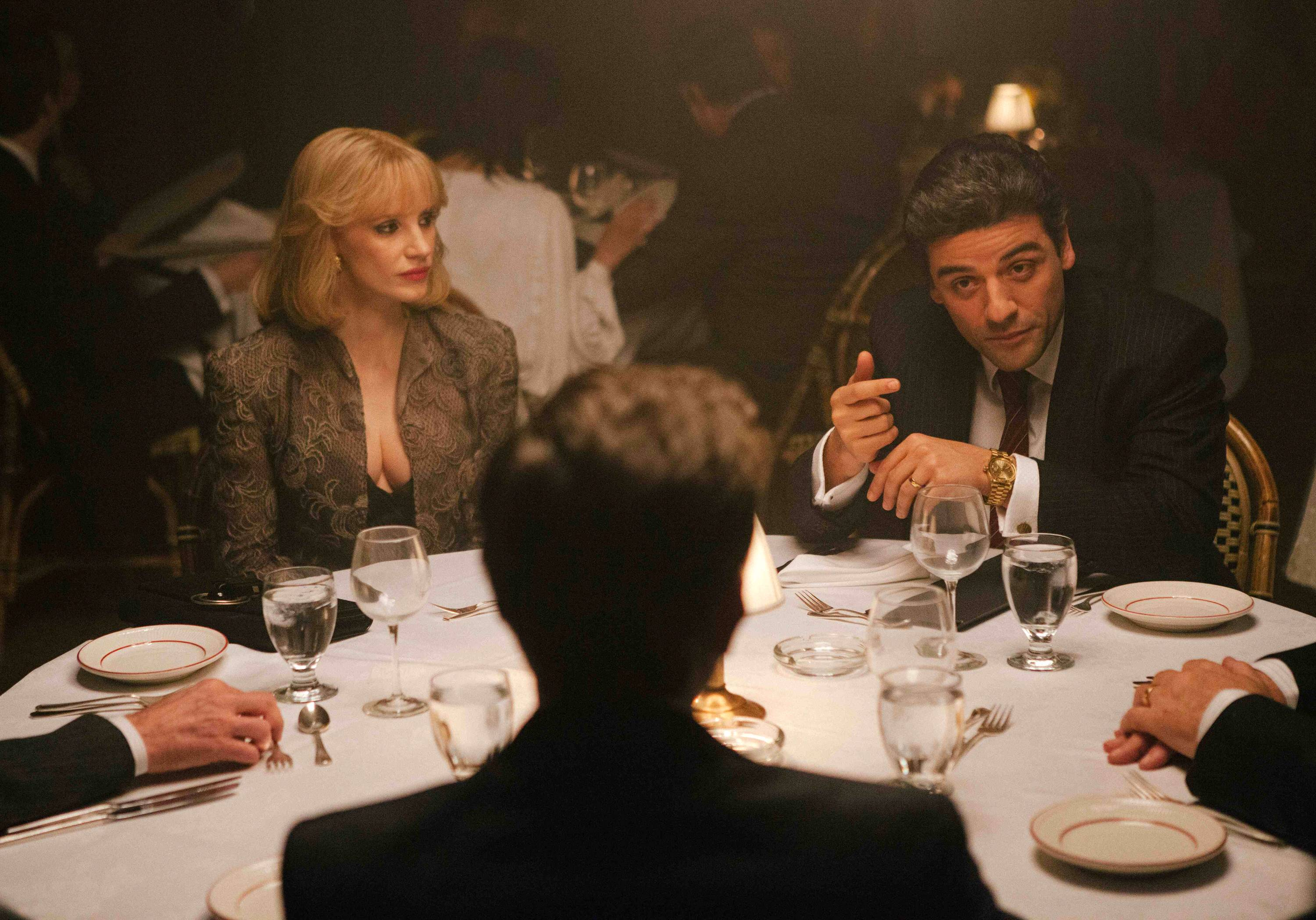 "A New York couple (Jessica Chastain and Oscar Isaac) fight for their financial lives in J.C. Chandor's ""A Most Violent Year."""