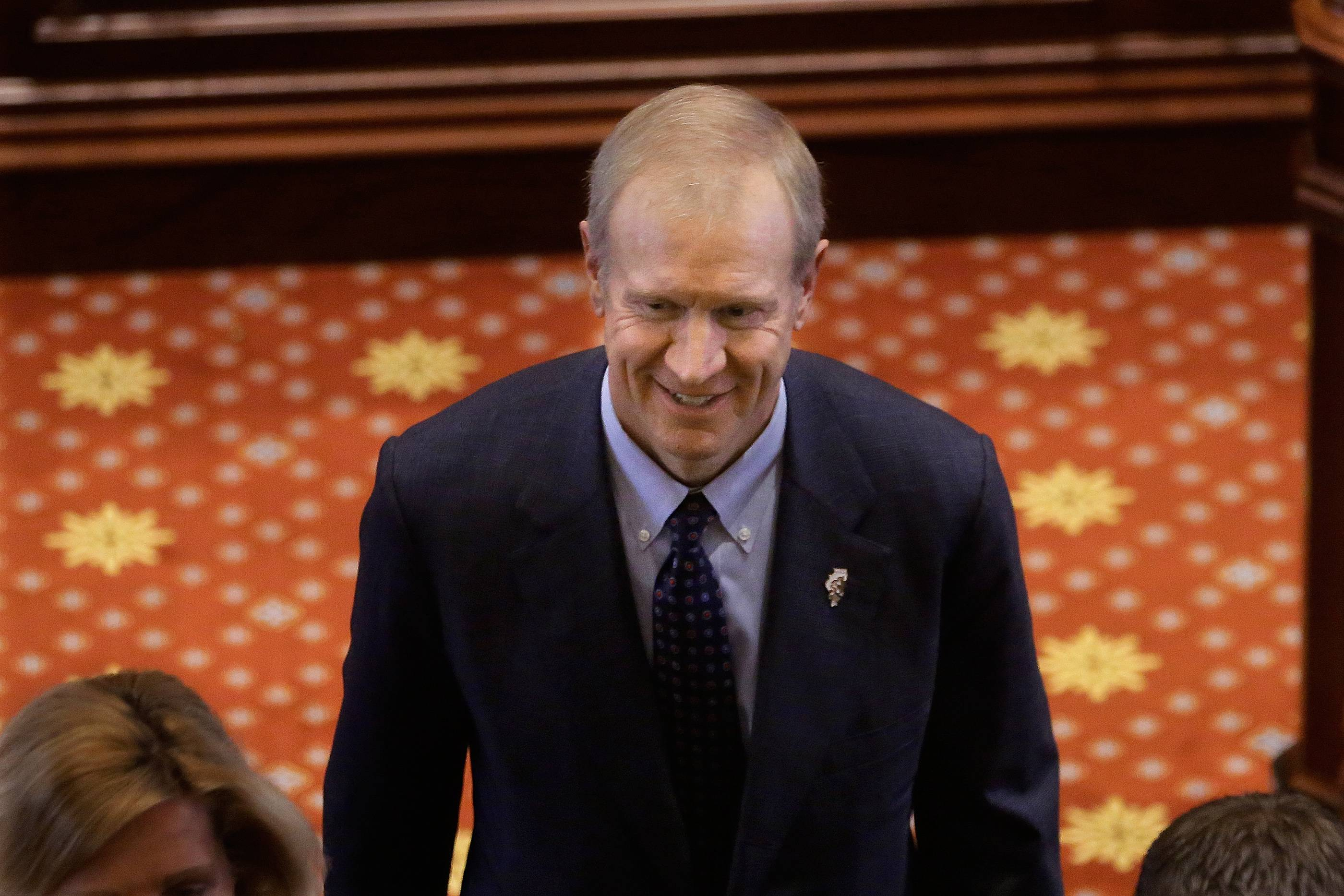 Rauner orders posting local government salaries online