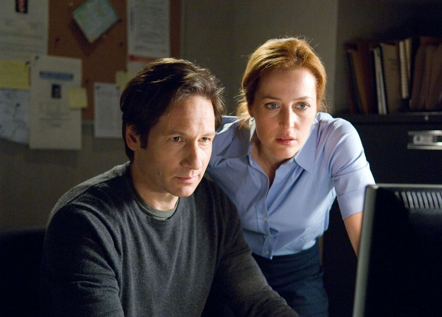 Get caught up before 'X-Files' comes back to Earth