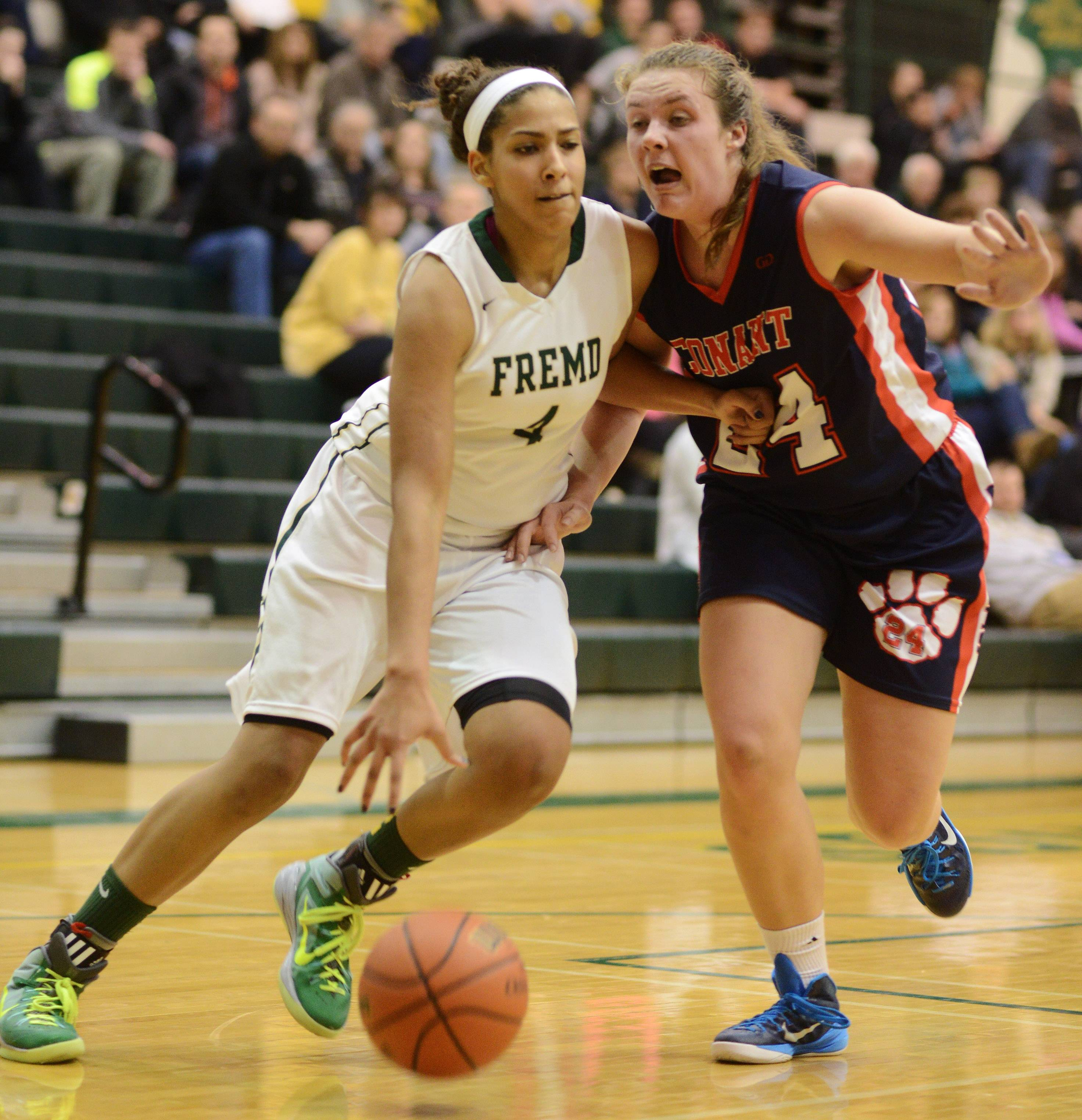 In fine form, Fremd turns away Conant
