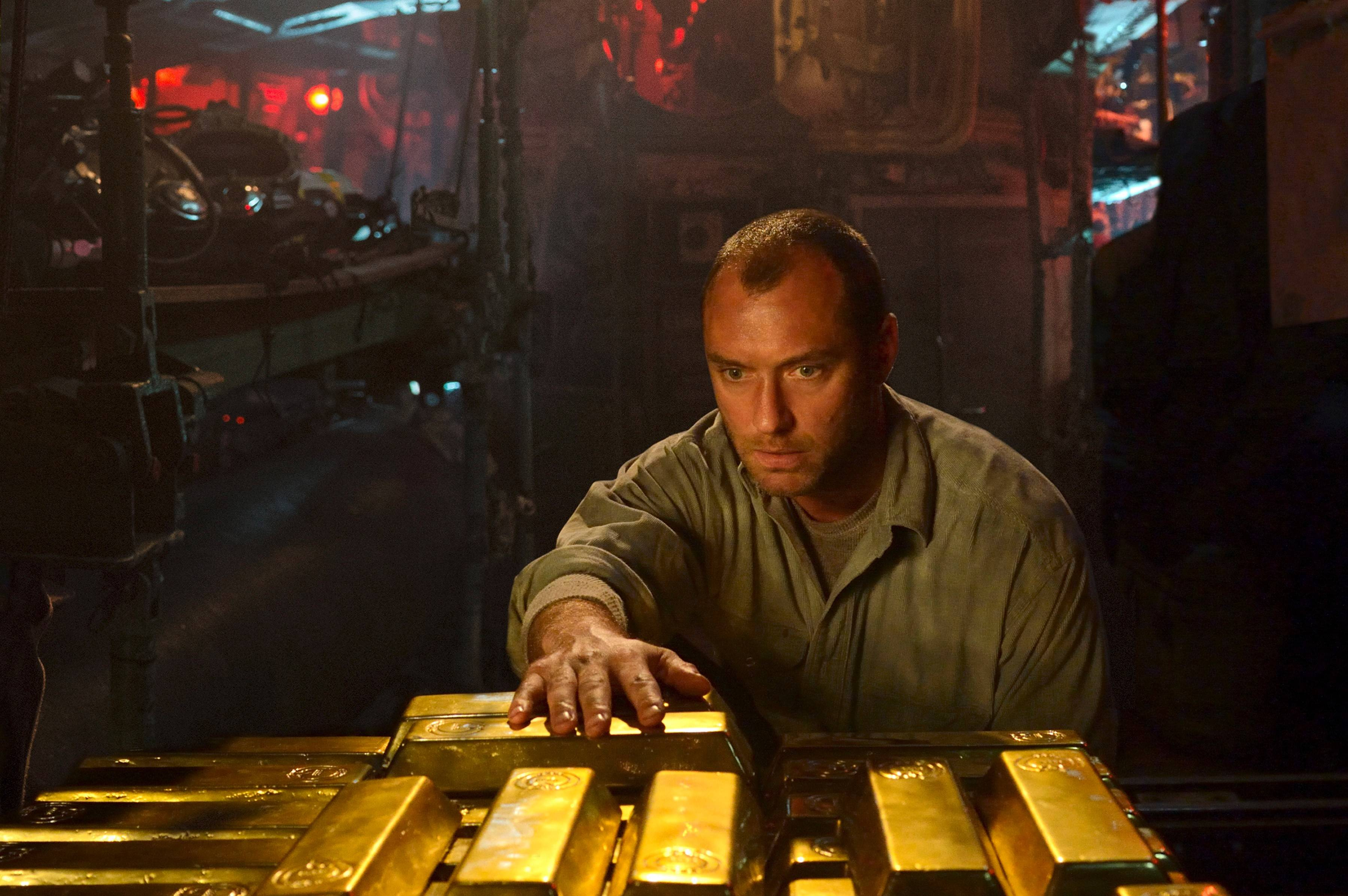 "Is the skipper nuts over gold or just nuts? We can't really tell in Jude Law's portrait of a submarine captain in ""Black Sea."""