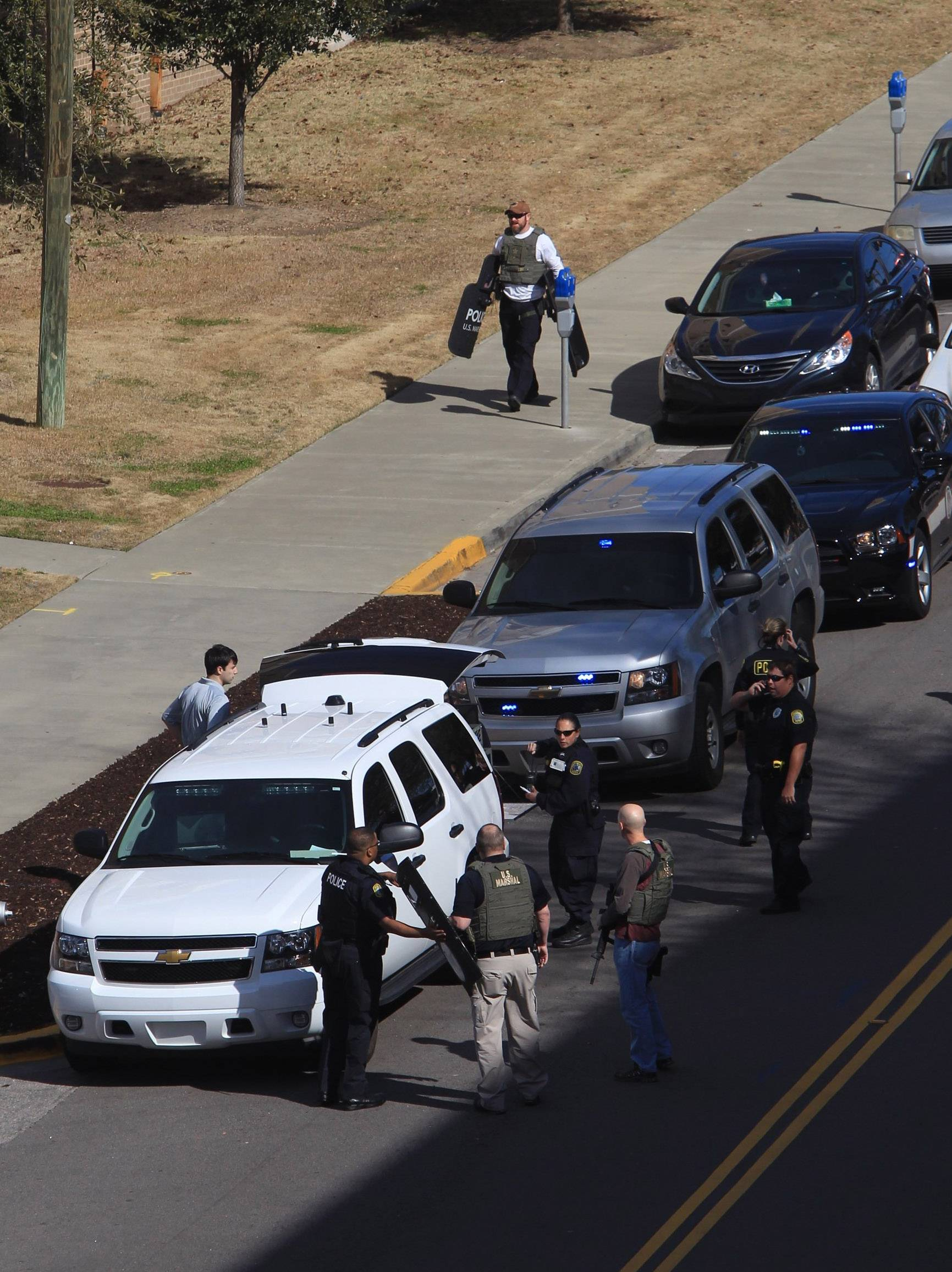Police 2 Dead In Apparent Murder Suicide On South Carolina Campus