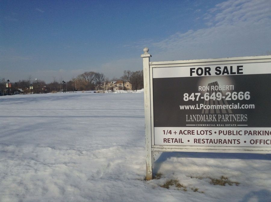Long Grove trustees approved a contract for the $1 million sale of four village-owned lots on Archer Road. Officials have tried to sell the land to developers since 2008.